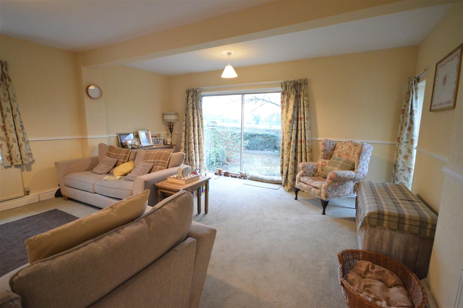 2 bed detached bungalow for sale in Weobley 5