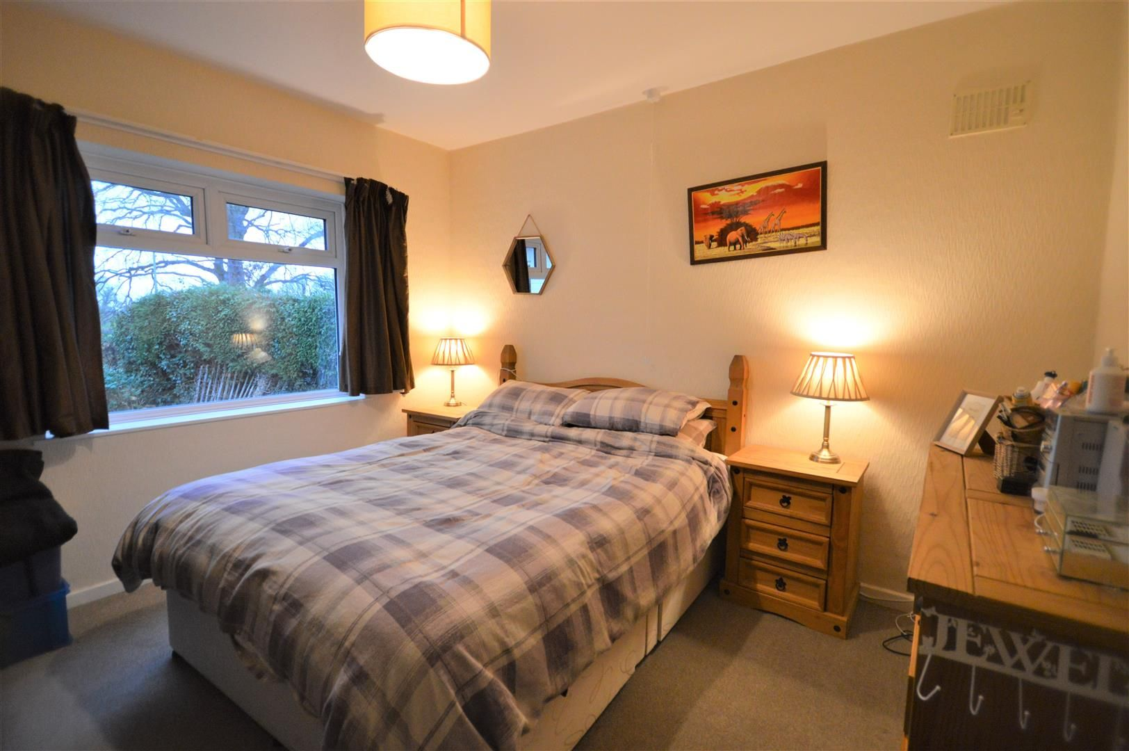 2 bed detached bungalow for sale in Weobley 9