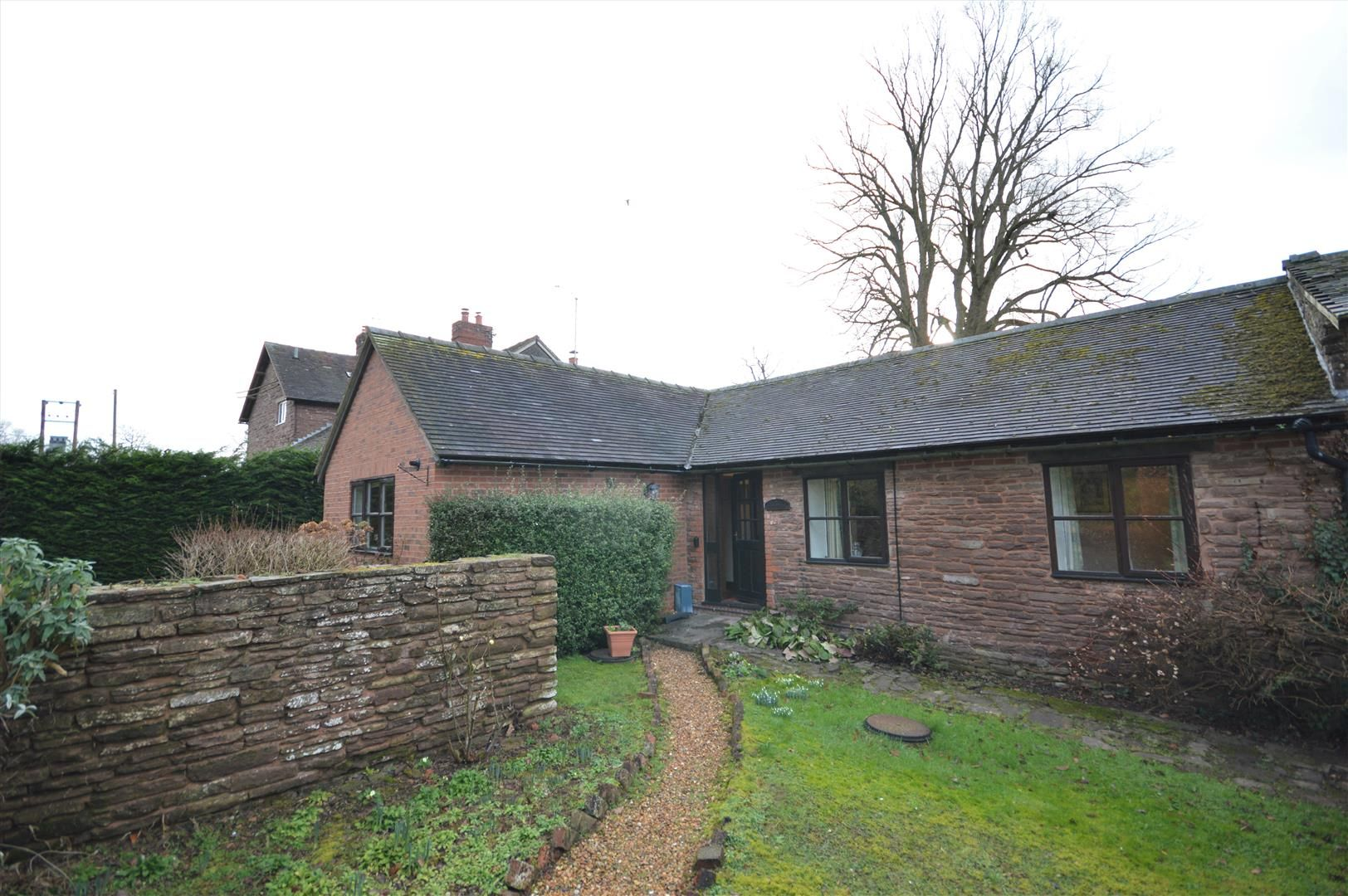 3 bed cottage for sale in Docklow, HR6
