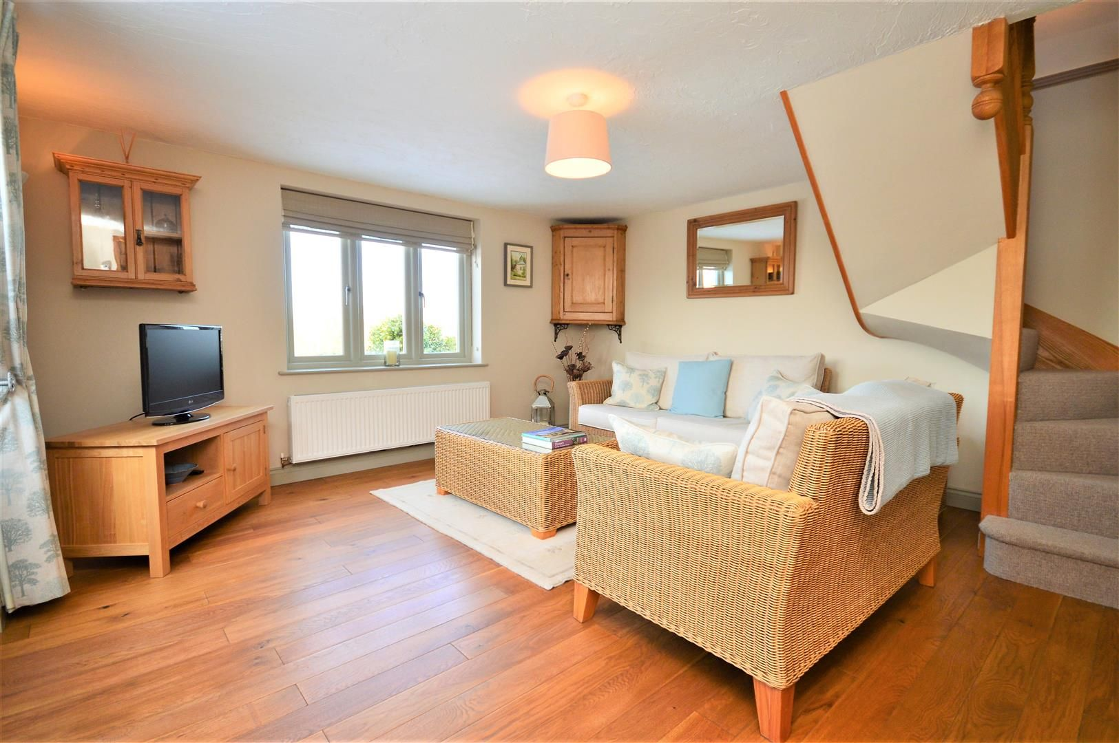 4 bed detached for sale in Marden 14