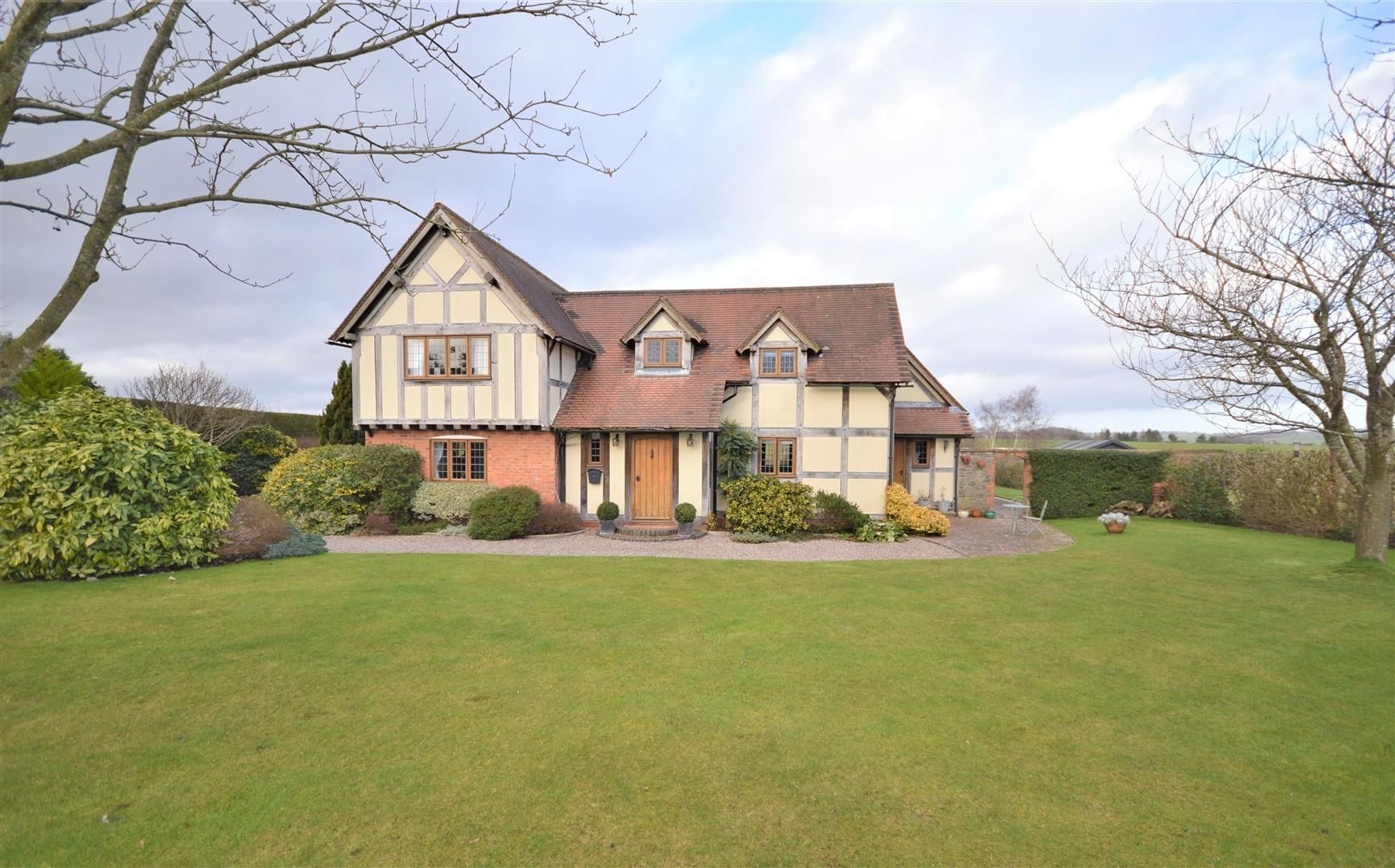 4 bed detached for sale in Marden 30
