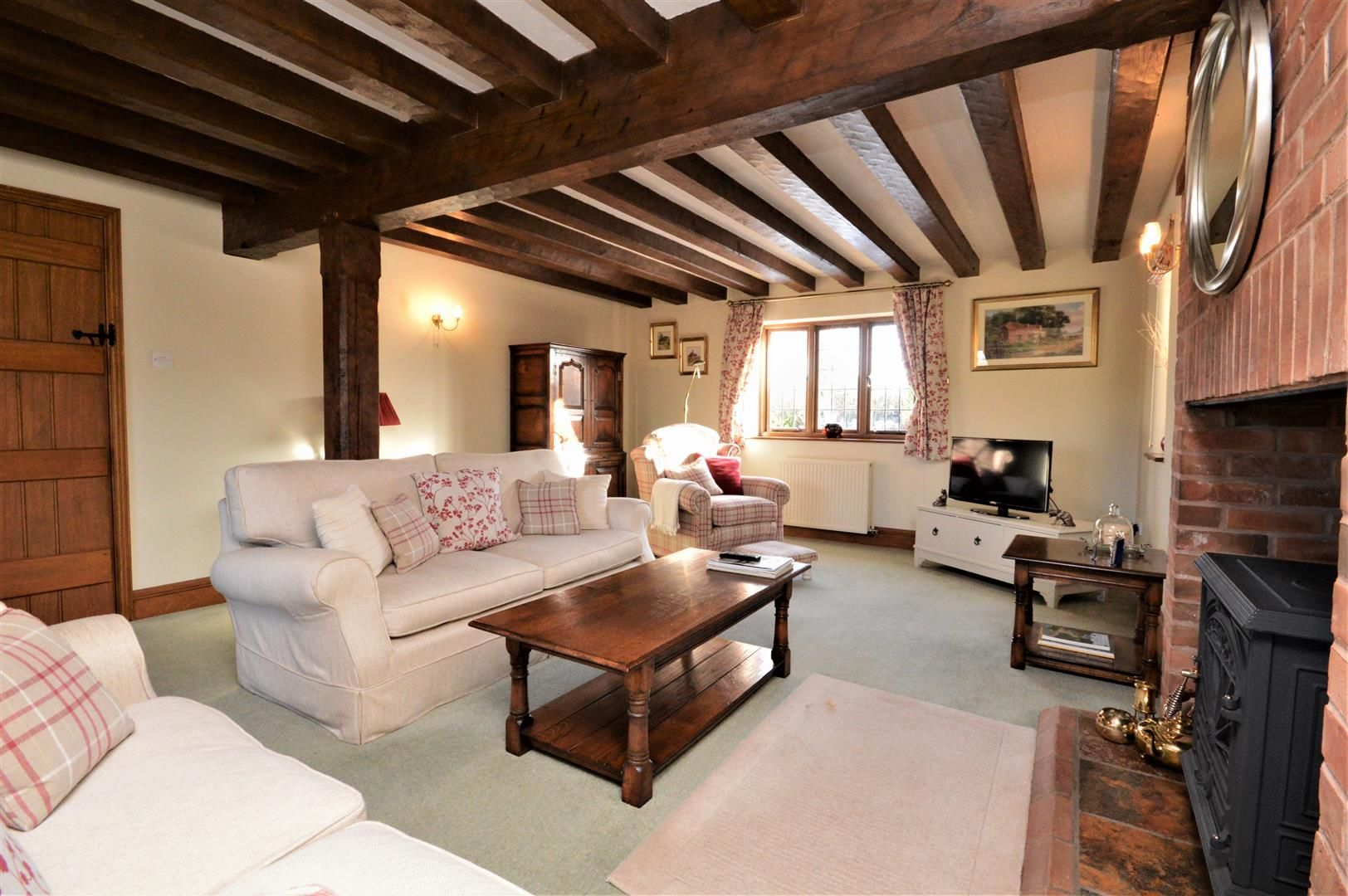 4 bed detached for sale in Marden  - Property Image 4