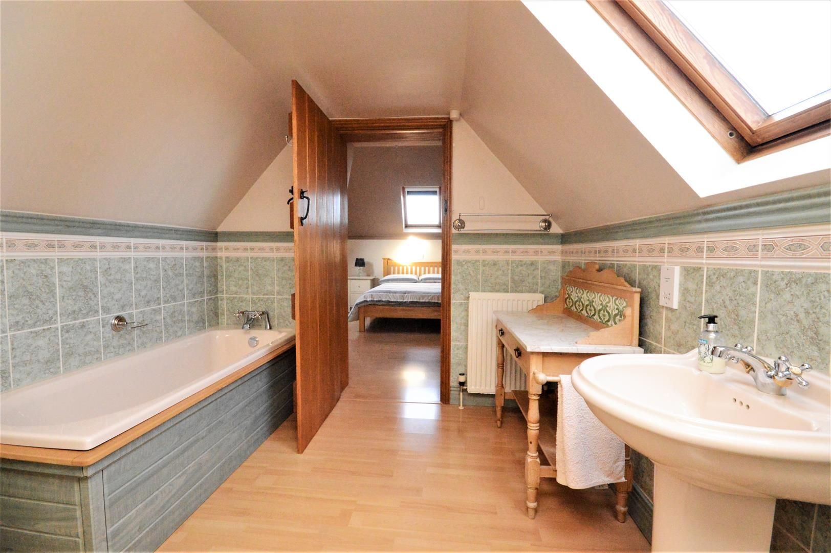 4 bed detached for sale in Marden 31