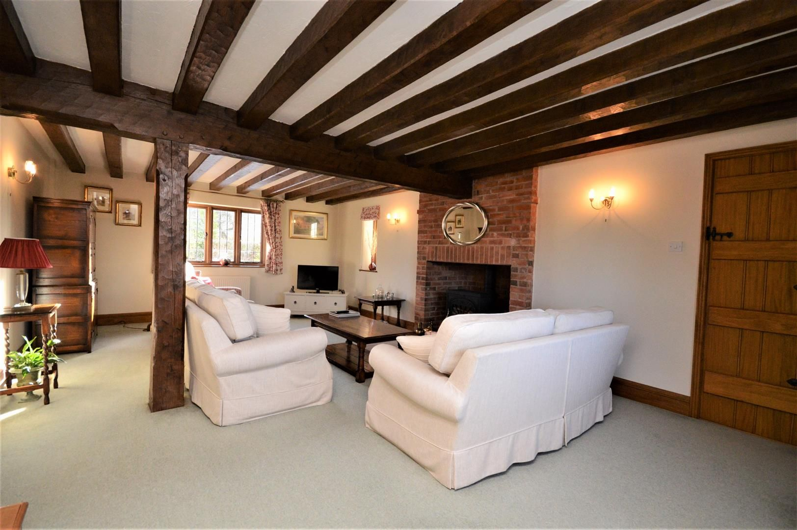 4 bed detached for sale in Marden 36