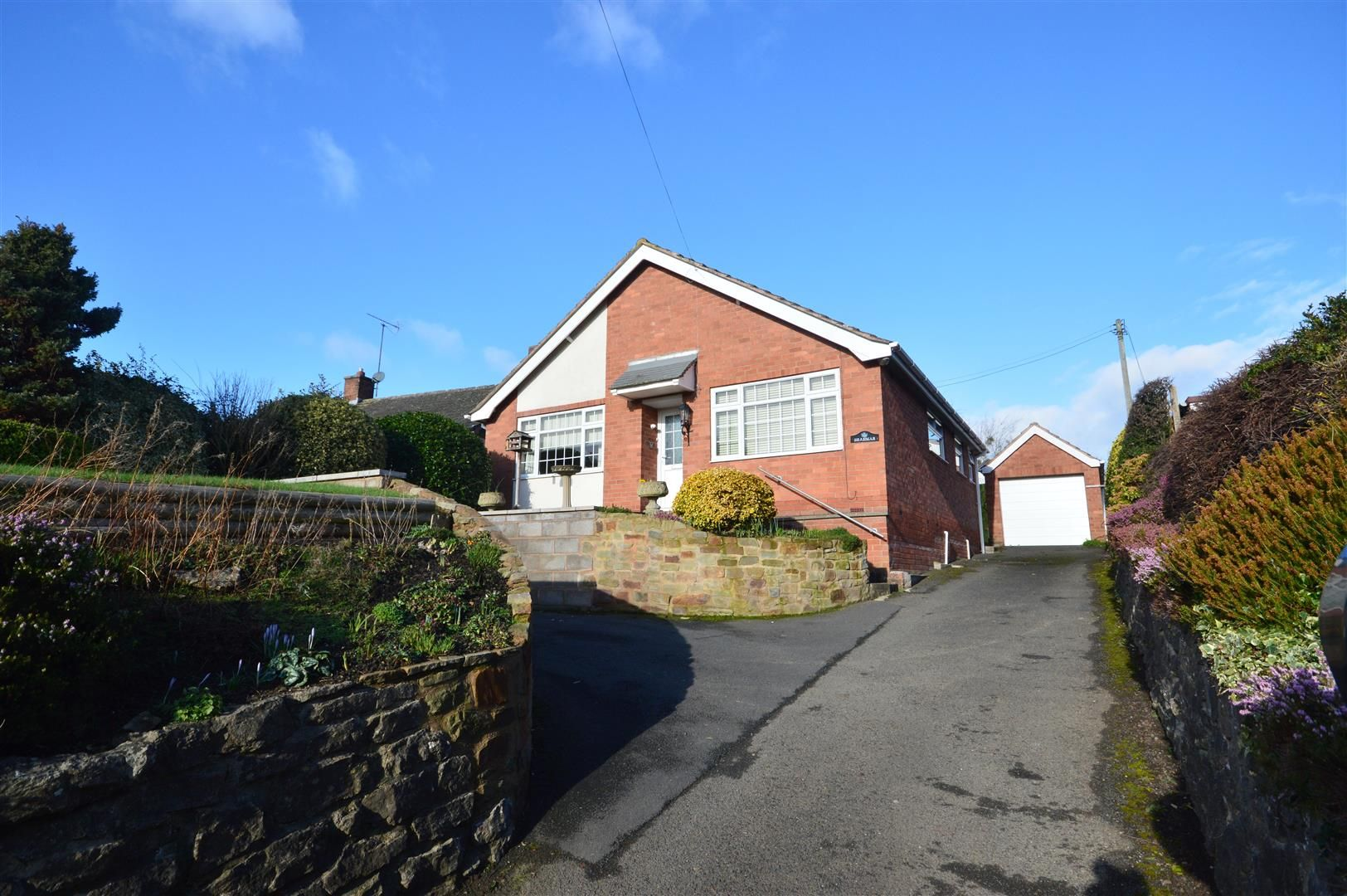 2 bed detached bungalow for sale in Leominster, HR6