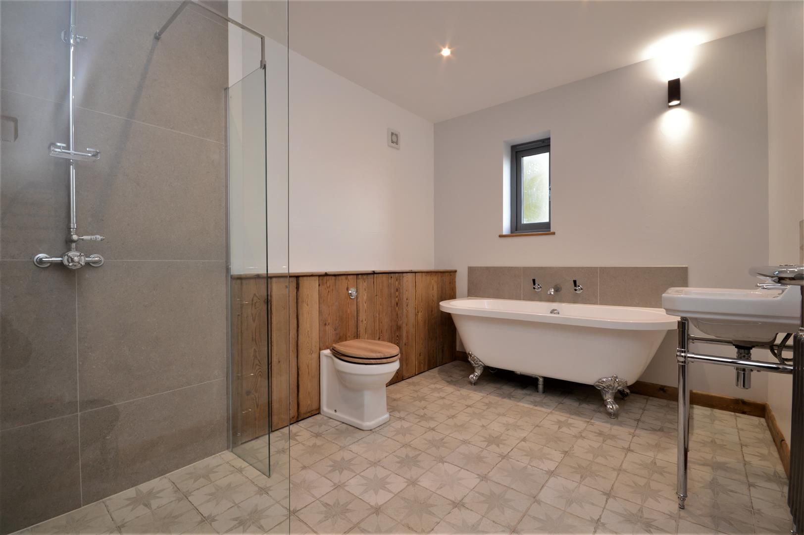 3 bed barn conversion for sale in Madley 17