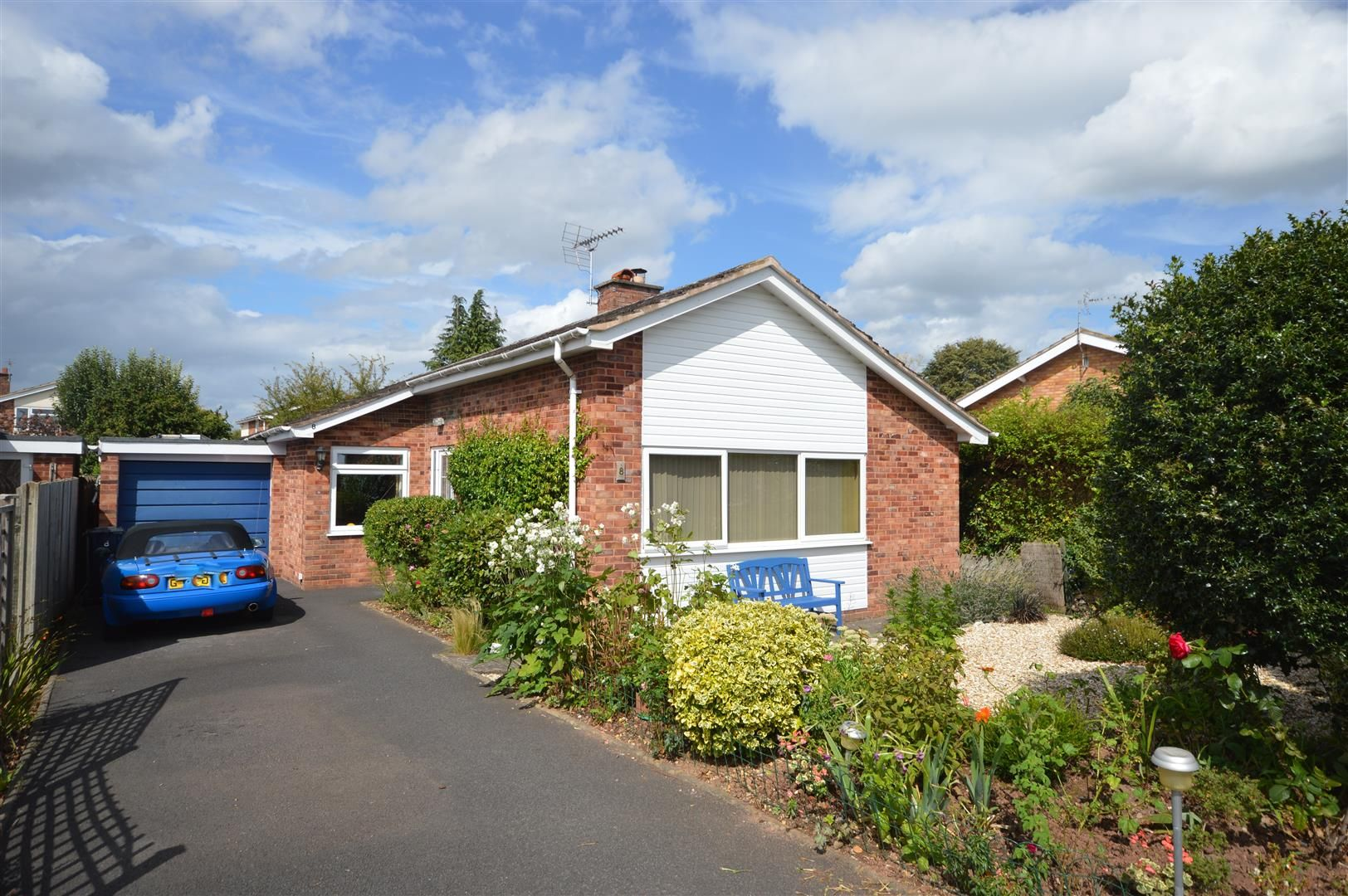 3 bed detached bungalow for sale in Bodenham, HR1