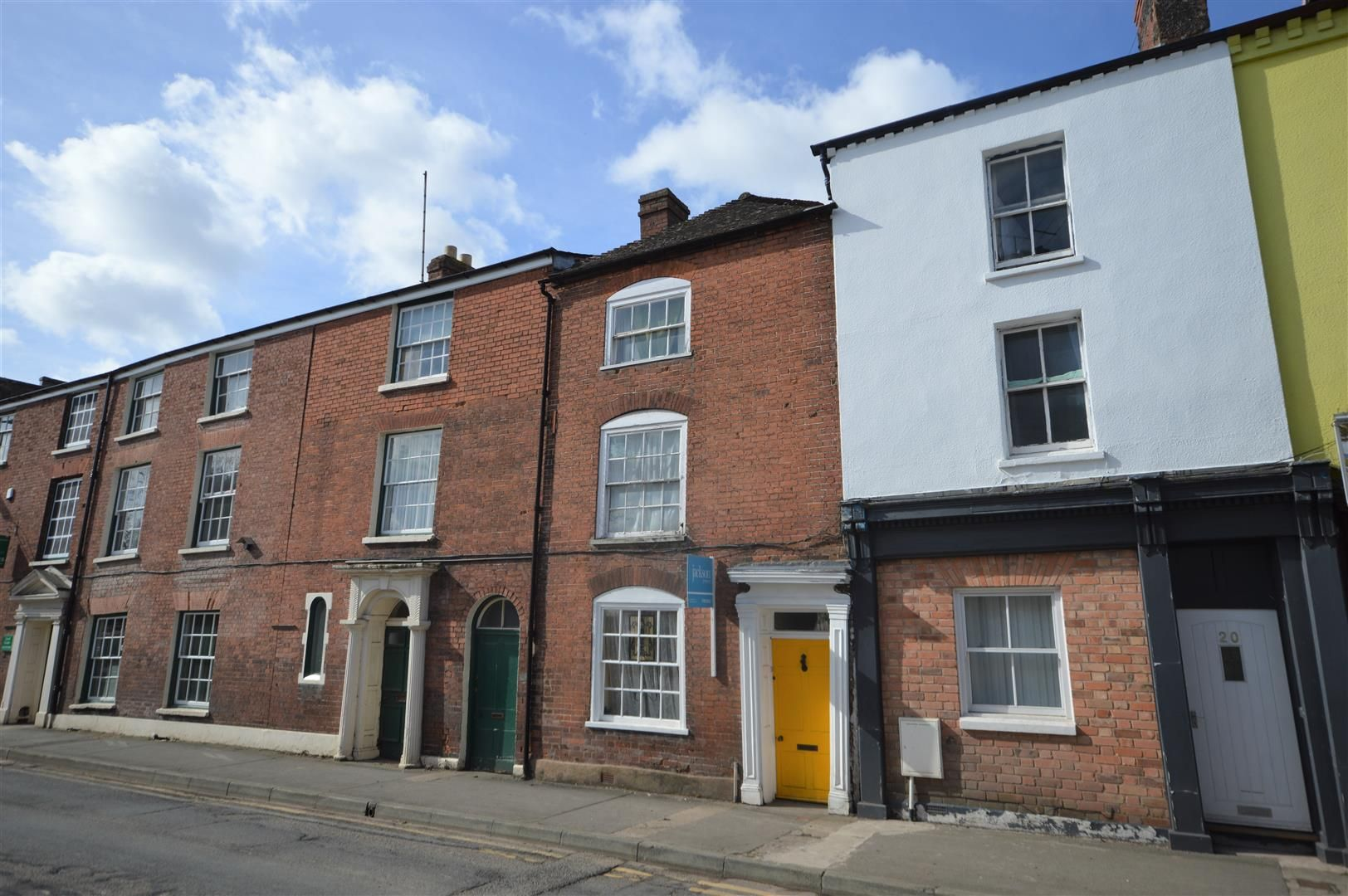3 bed terraced for sale in Leominster - Property Image 1