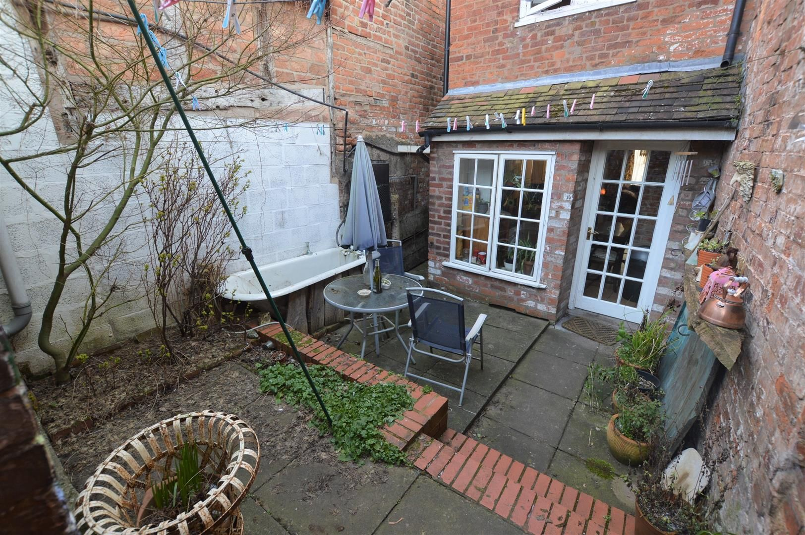 3 bed terraced for sale in Leominster 9