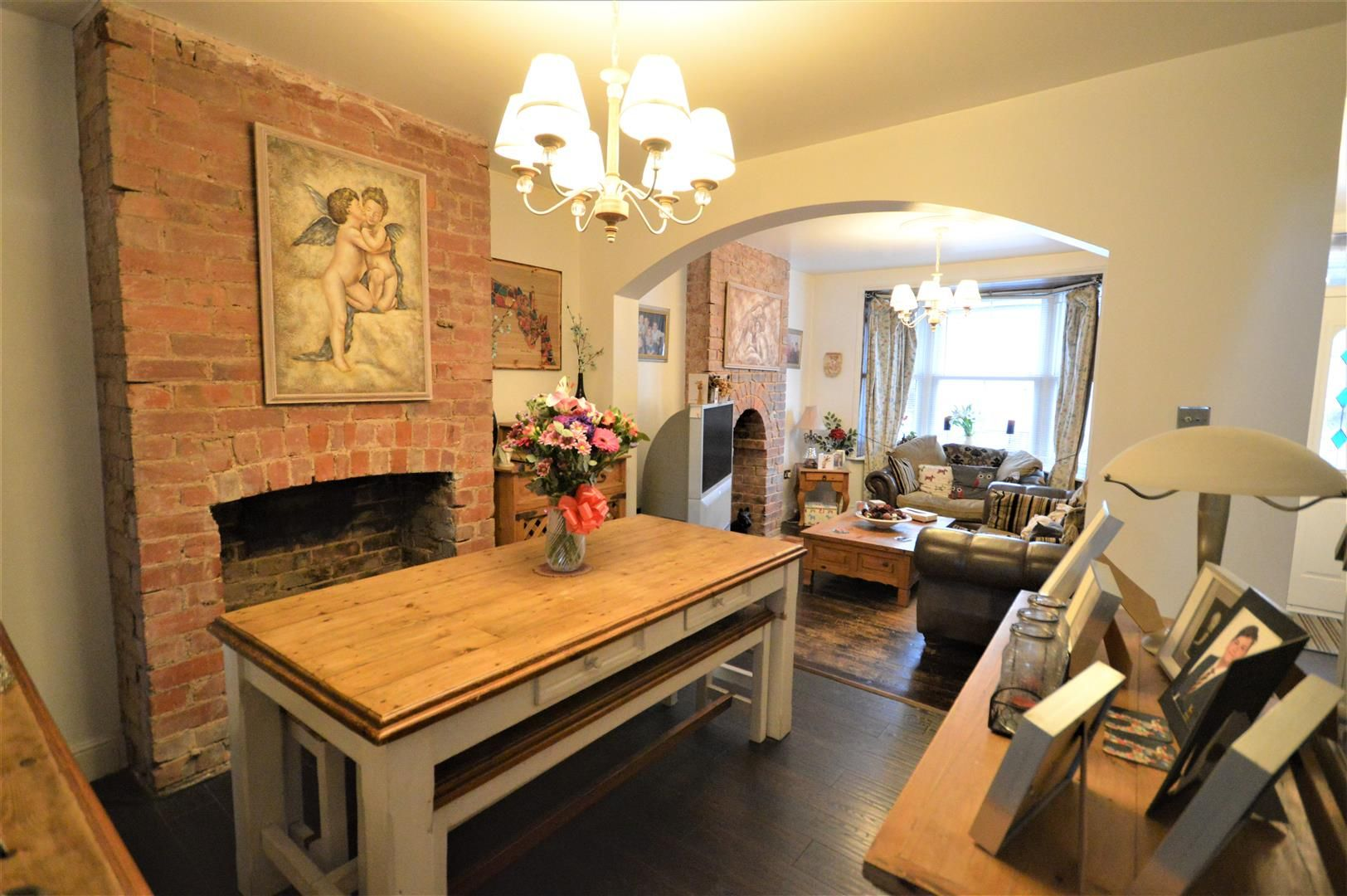 3 bed end of terrace for sale in Leominster  - Property Image 2