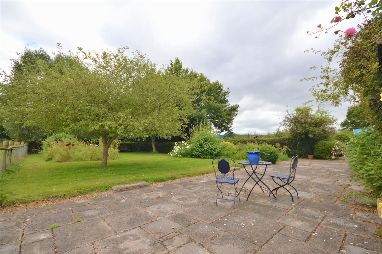 3 bed detached to rent in Preston-On-Wye 13