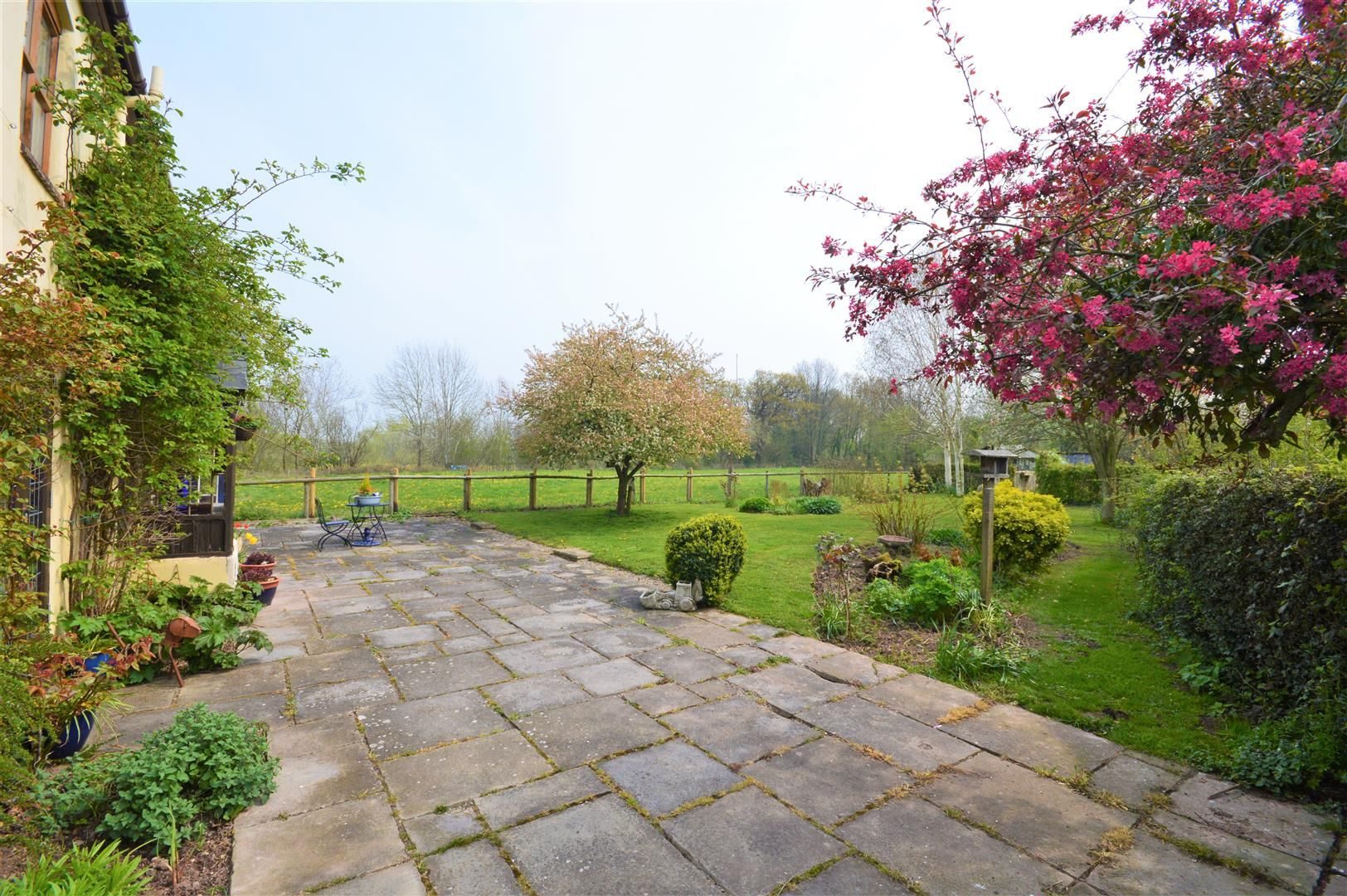 3 bed detached to rent in Preston-On-Wye 15