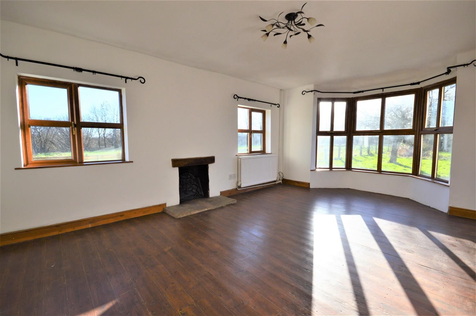 3 bed detached to rent in Preston-On-Wye 7