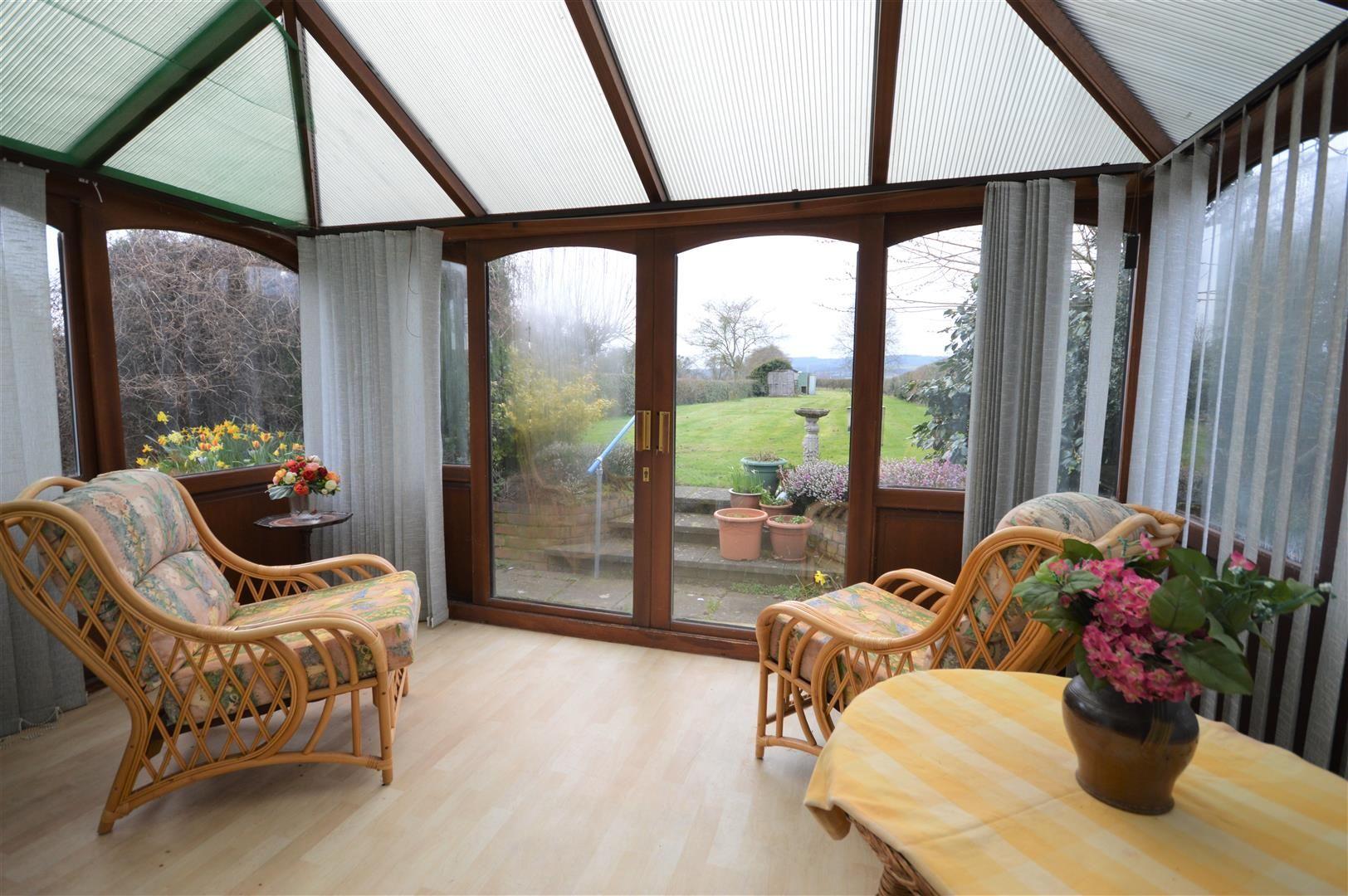 3 bed detached for sale in Kingsland  - Property Image 4
