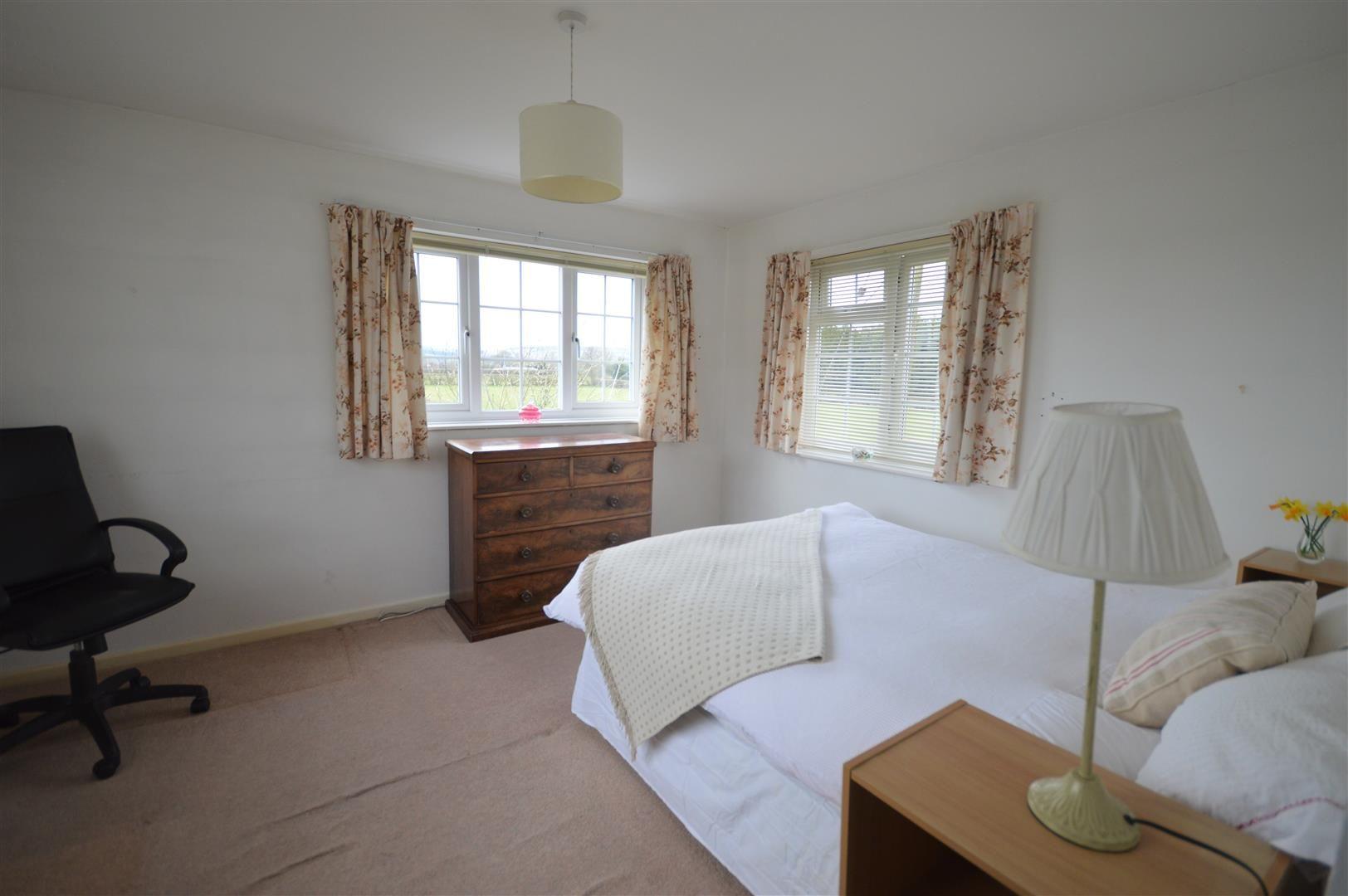 3 bed detached for sale in Kingsland  - Property Image 7