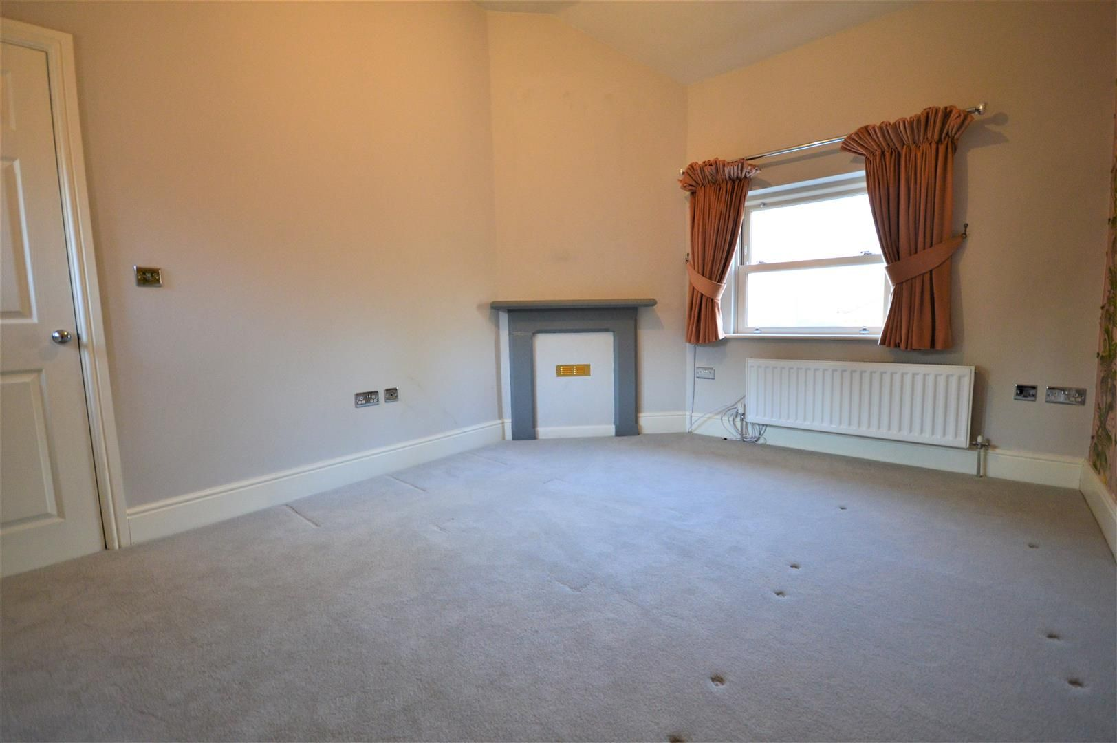 2 bed apartment to rent in Letton 3