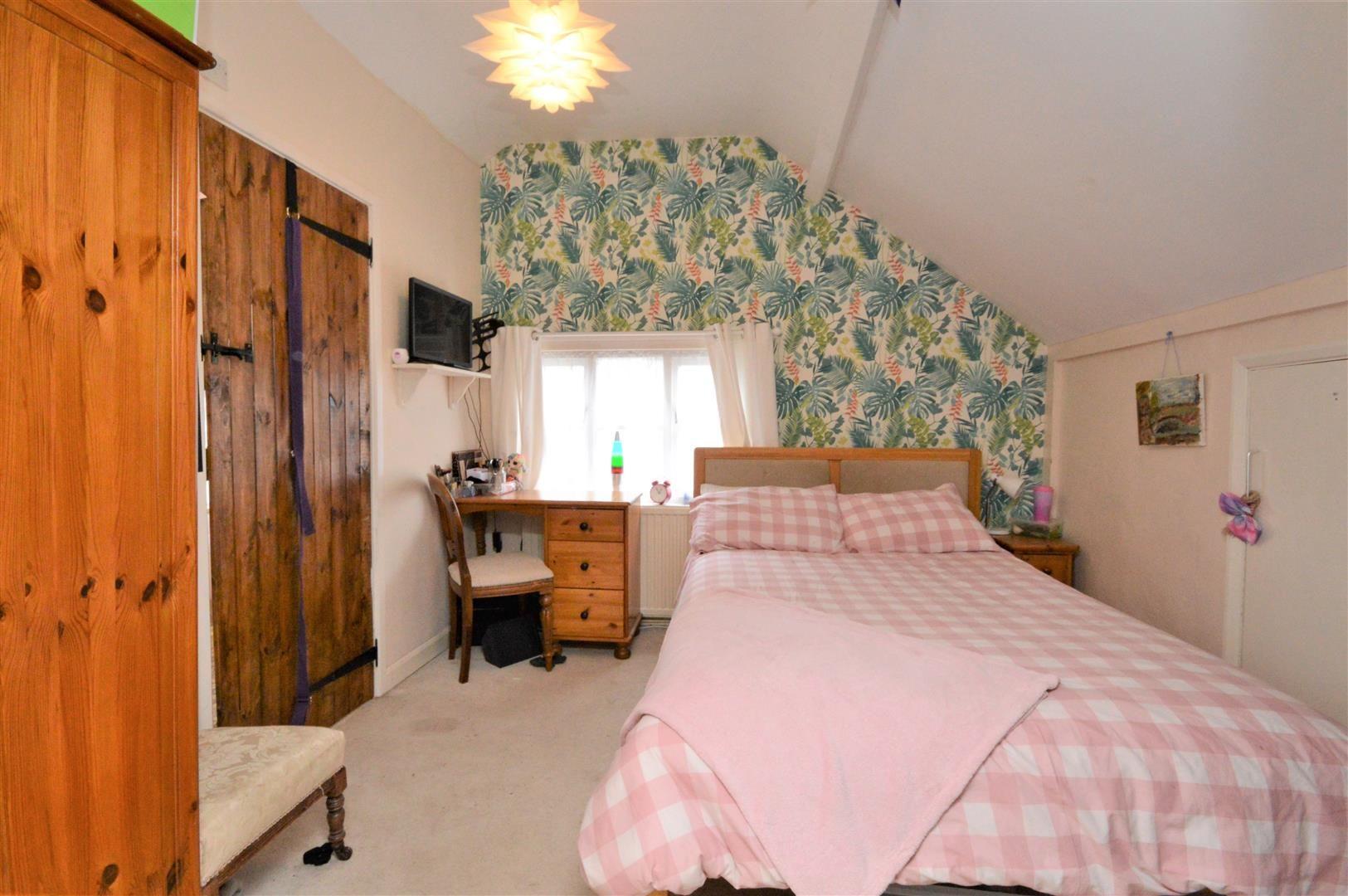 3 bed detached for sale  - Property Image 11