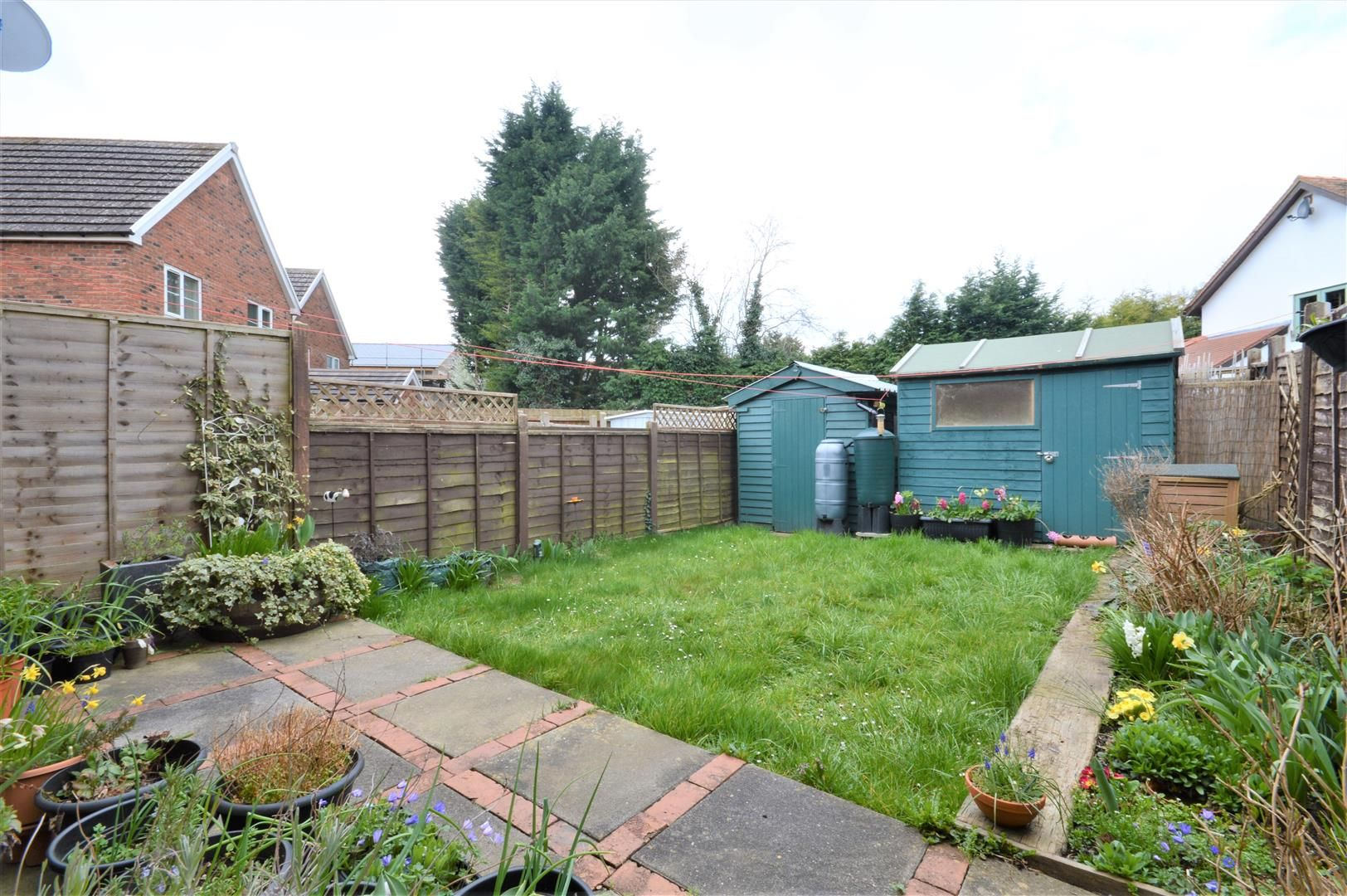 2 bed end of terrace for sale in Lower Bullingham 2