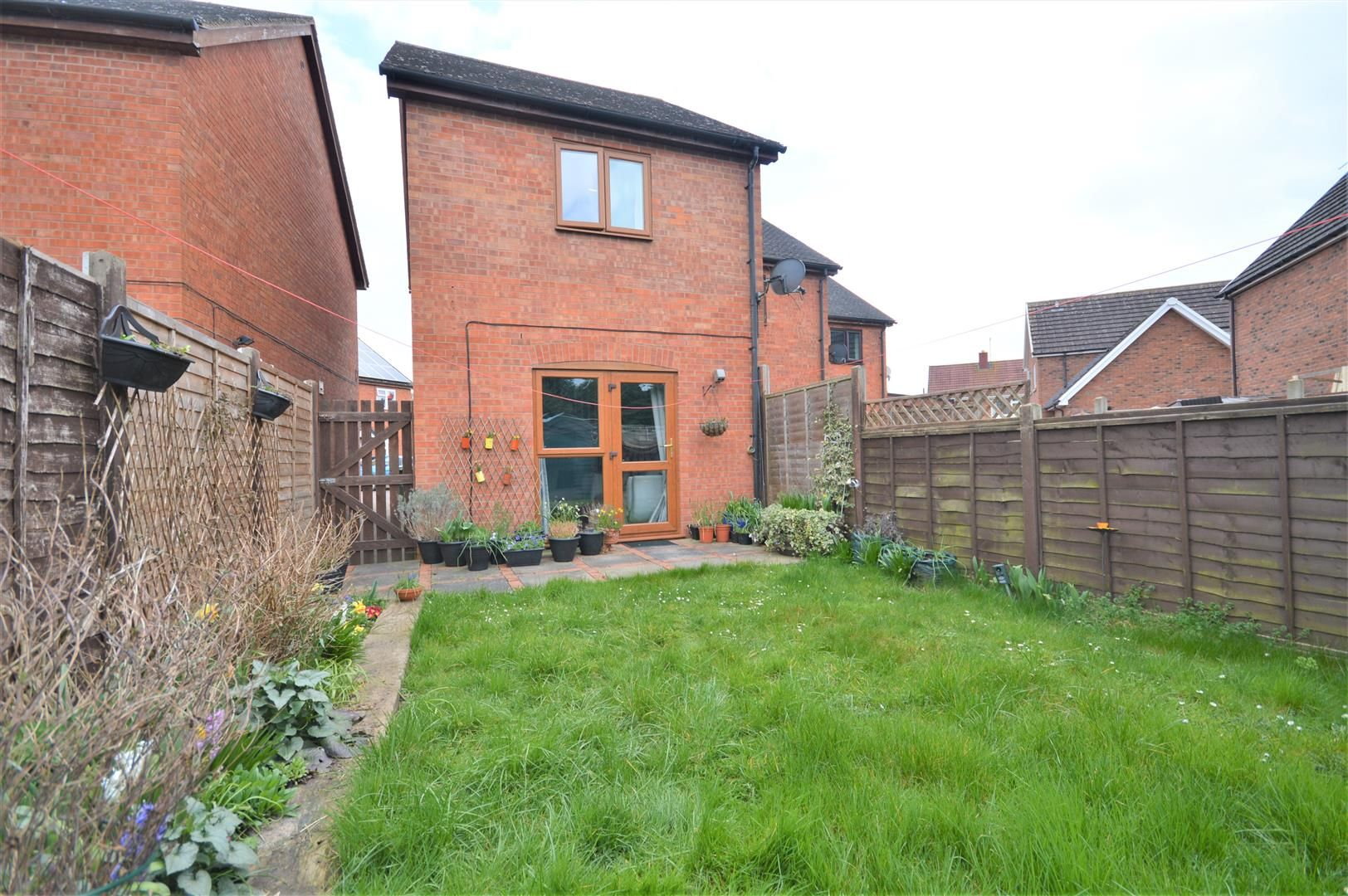 2 bed end of terrace for sale in Lower Bullingham 10