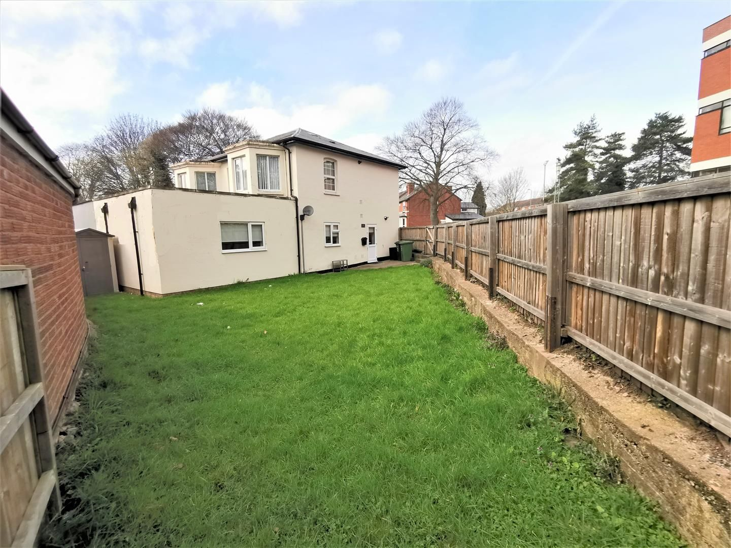 1 bed apartment for sale, HR4
