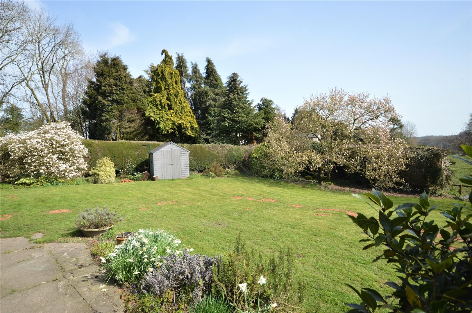 4 bed country house for sale in Lyonshall 18