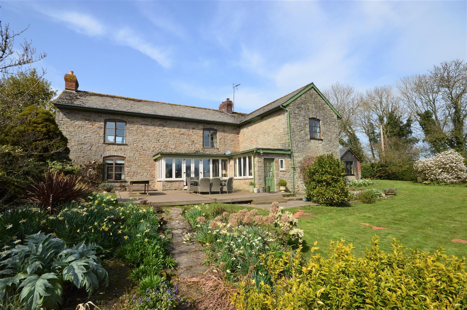 4 bed country house for sale in Lyonshall 22