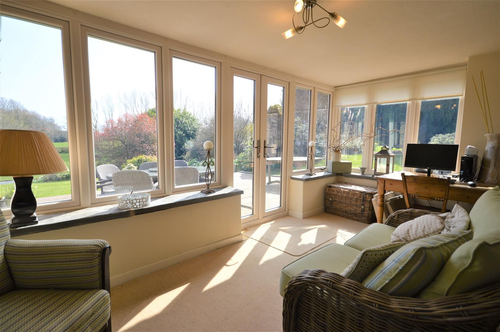 4 bed country house for sale in Lyonshall 7