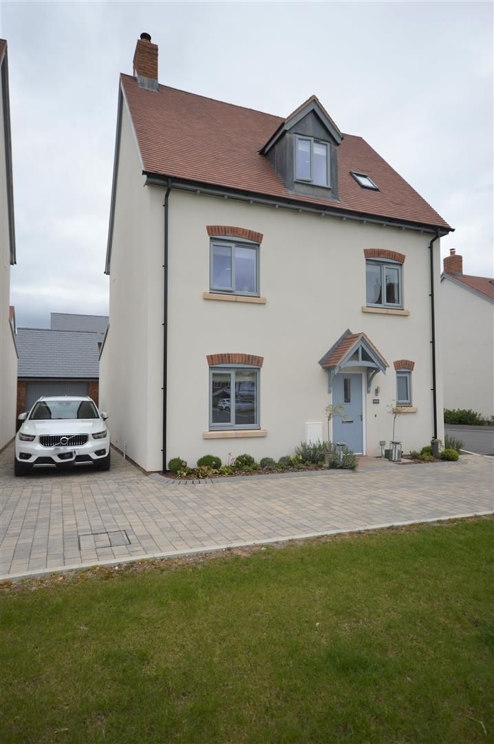 4 bed detached for sale in Weobley 23