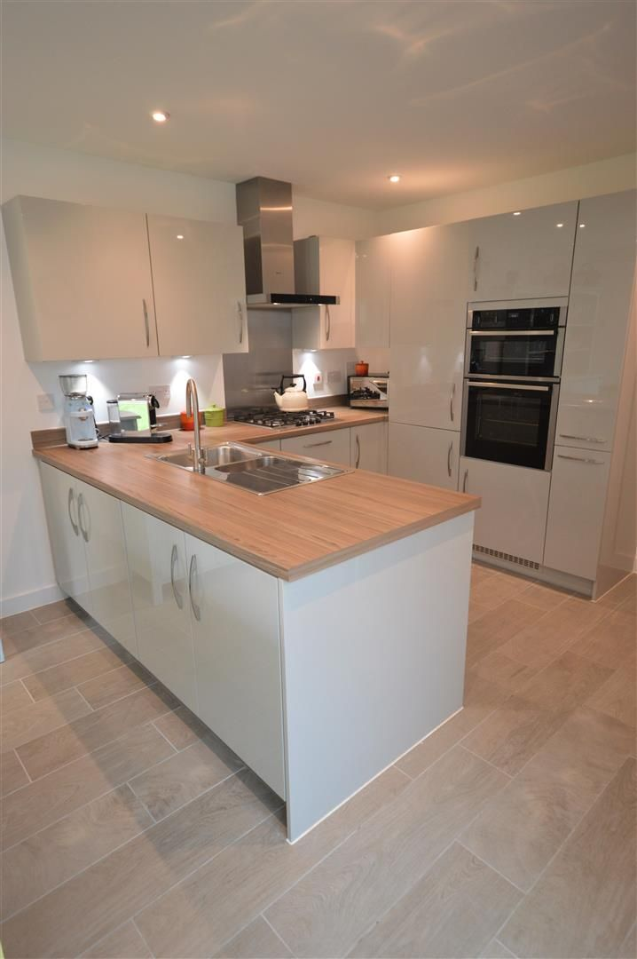 5 bed detached for sale in Weobley 9