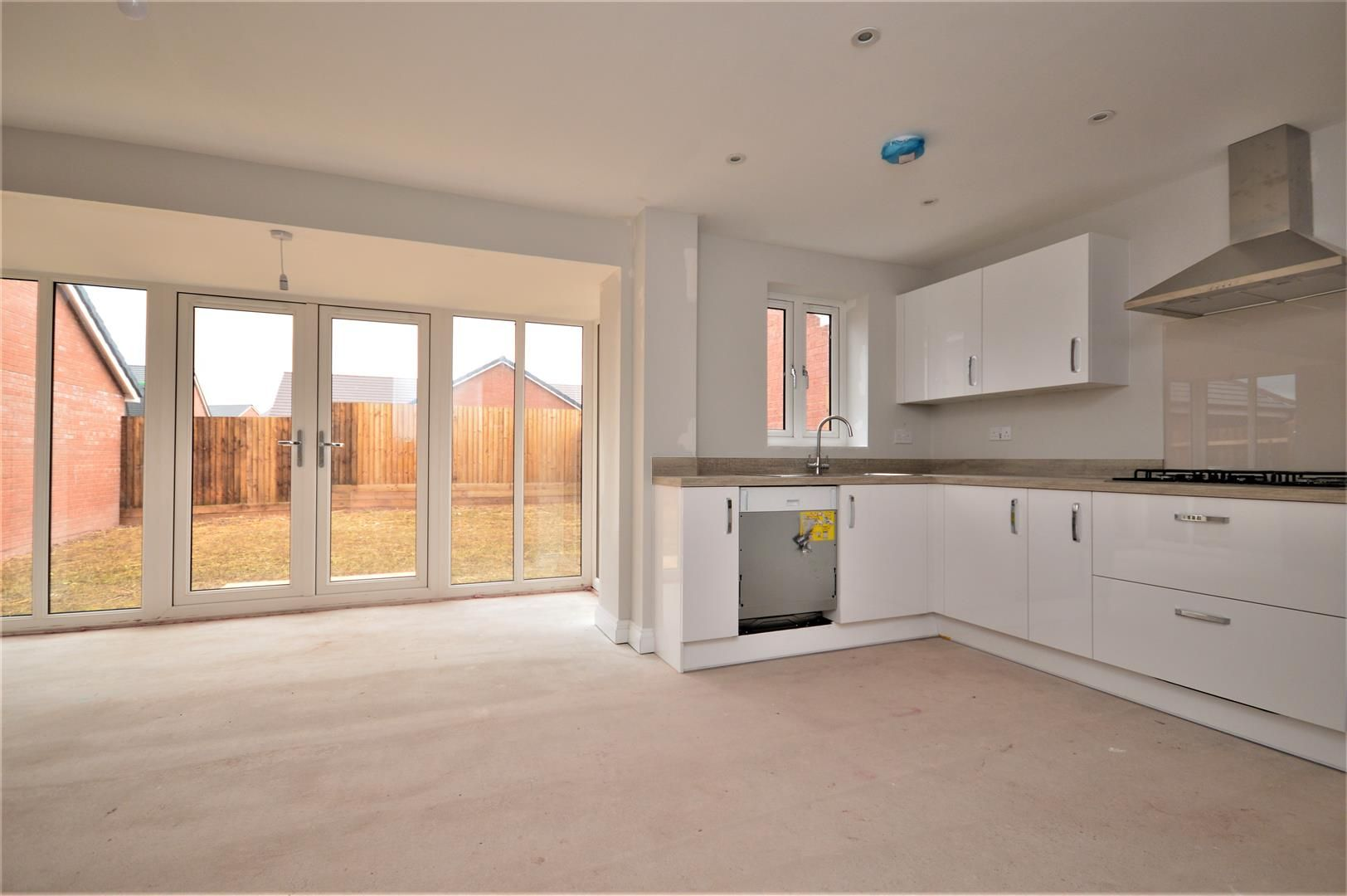 4 bed detached for sale in Kingstone 14