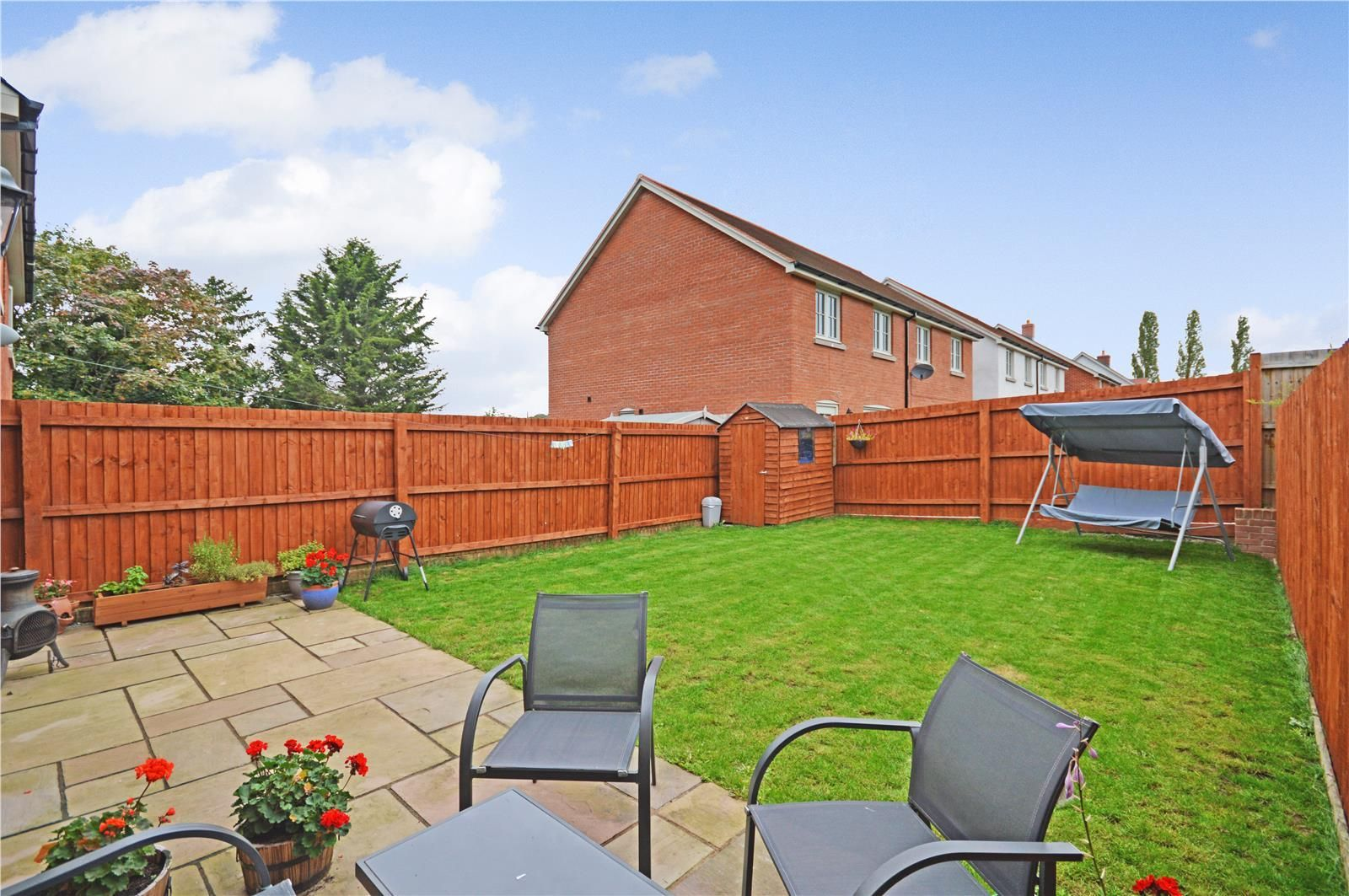 3 bed semi-detached for sale in Bodenham 6