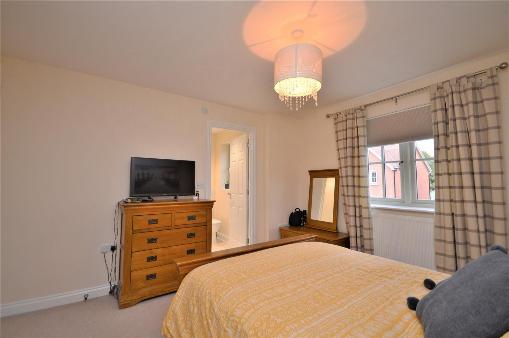 3 bed semi-detached for sale in Bodenham 8