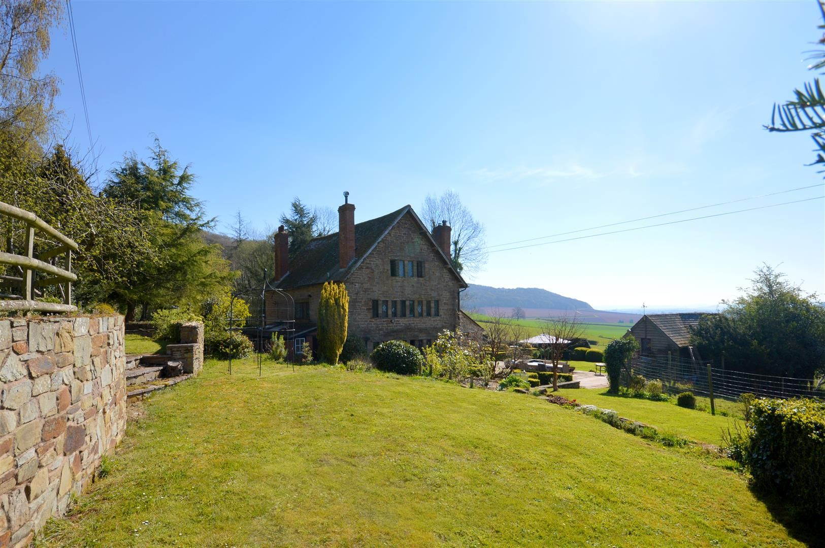 6 bed detached for sale in Wormsley  - Property Image 2