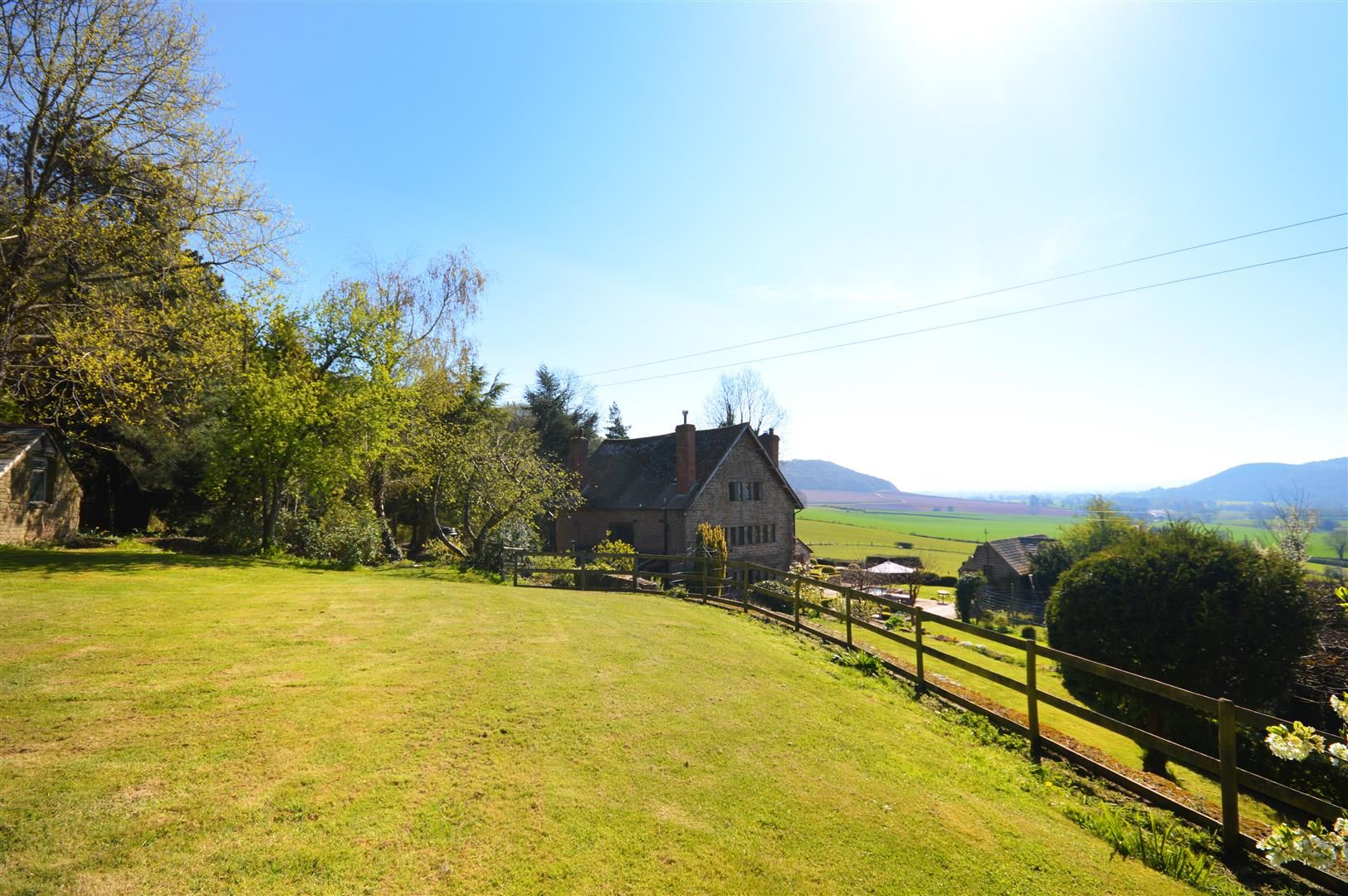 6 bed detached for sale in Wormsley 17