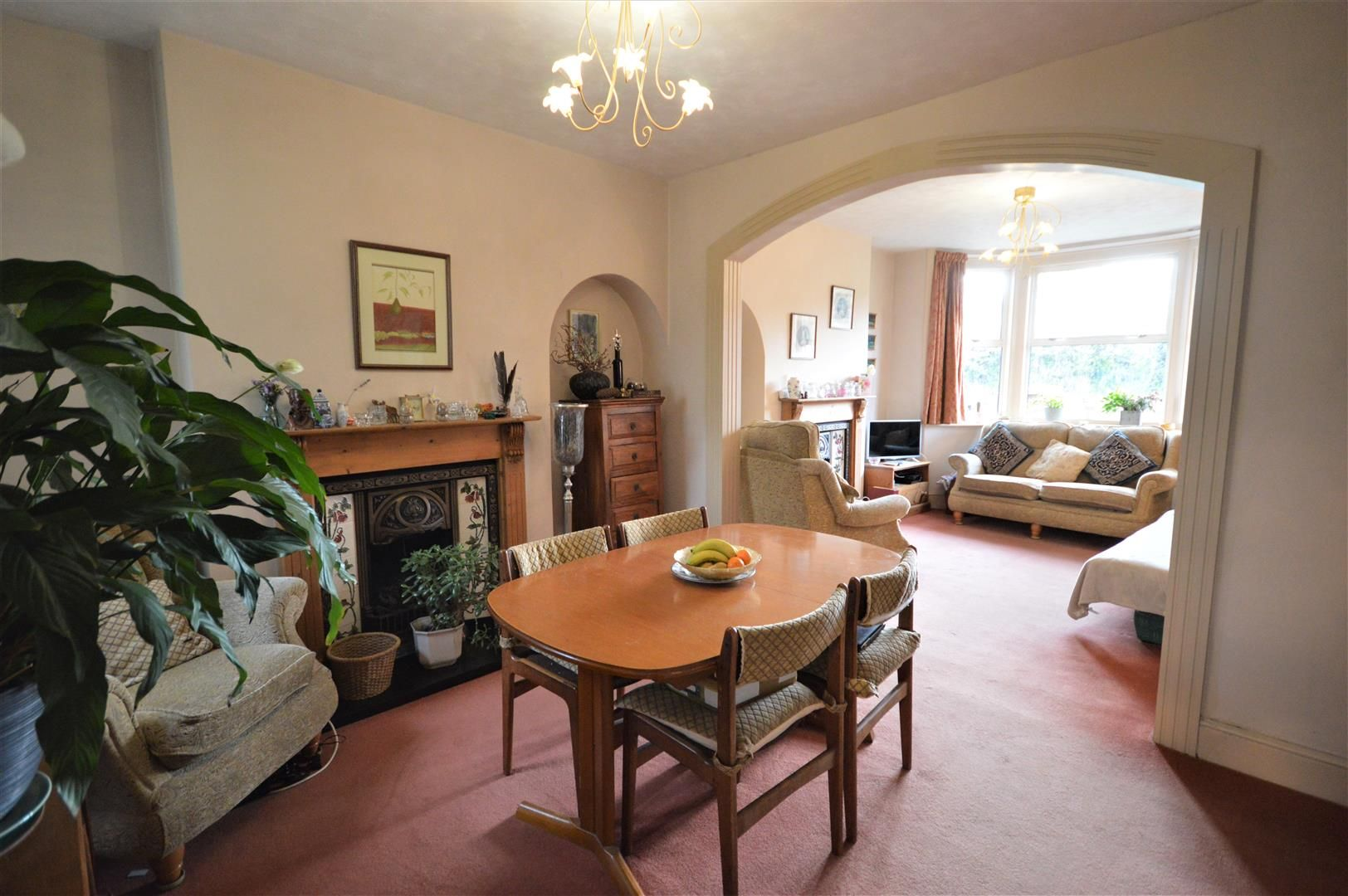 3 bed end of terrace for sale in Leominster 2