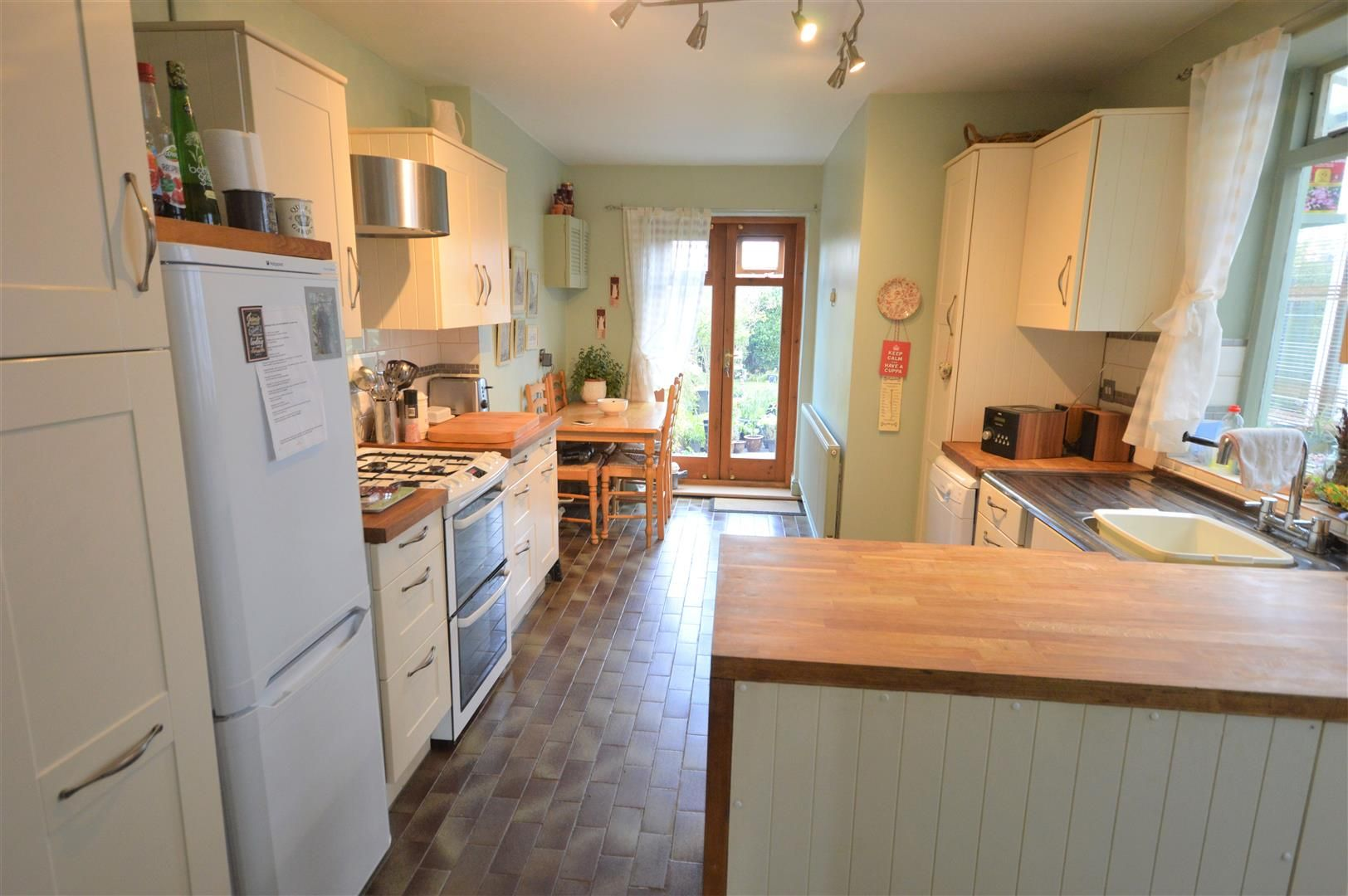 3 bed end of terrace for sale in Leominster 5