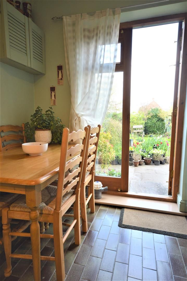 3 bed end of terrace for sale in Leominster 7