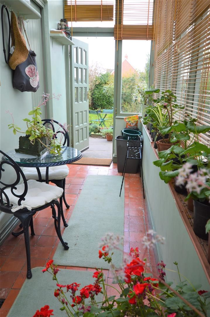 3 bed end of terrace for sale in Leominster 8