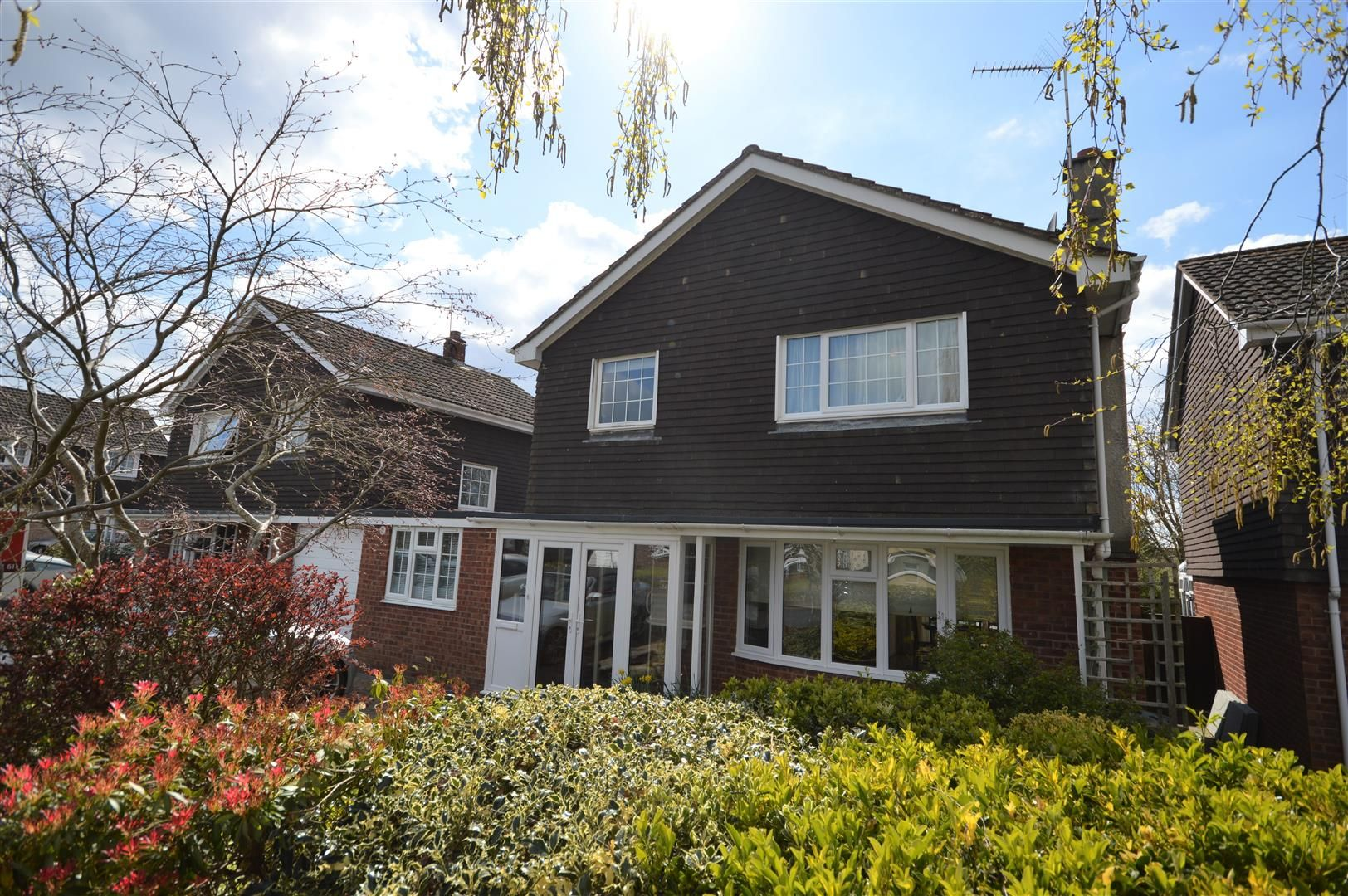 4 bed link detached house for sale in Weobley 1
