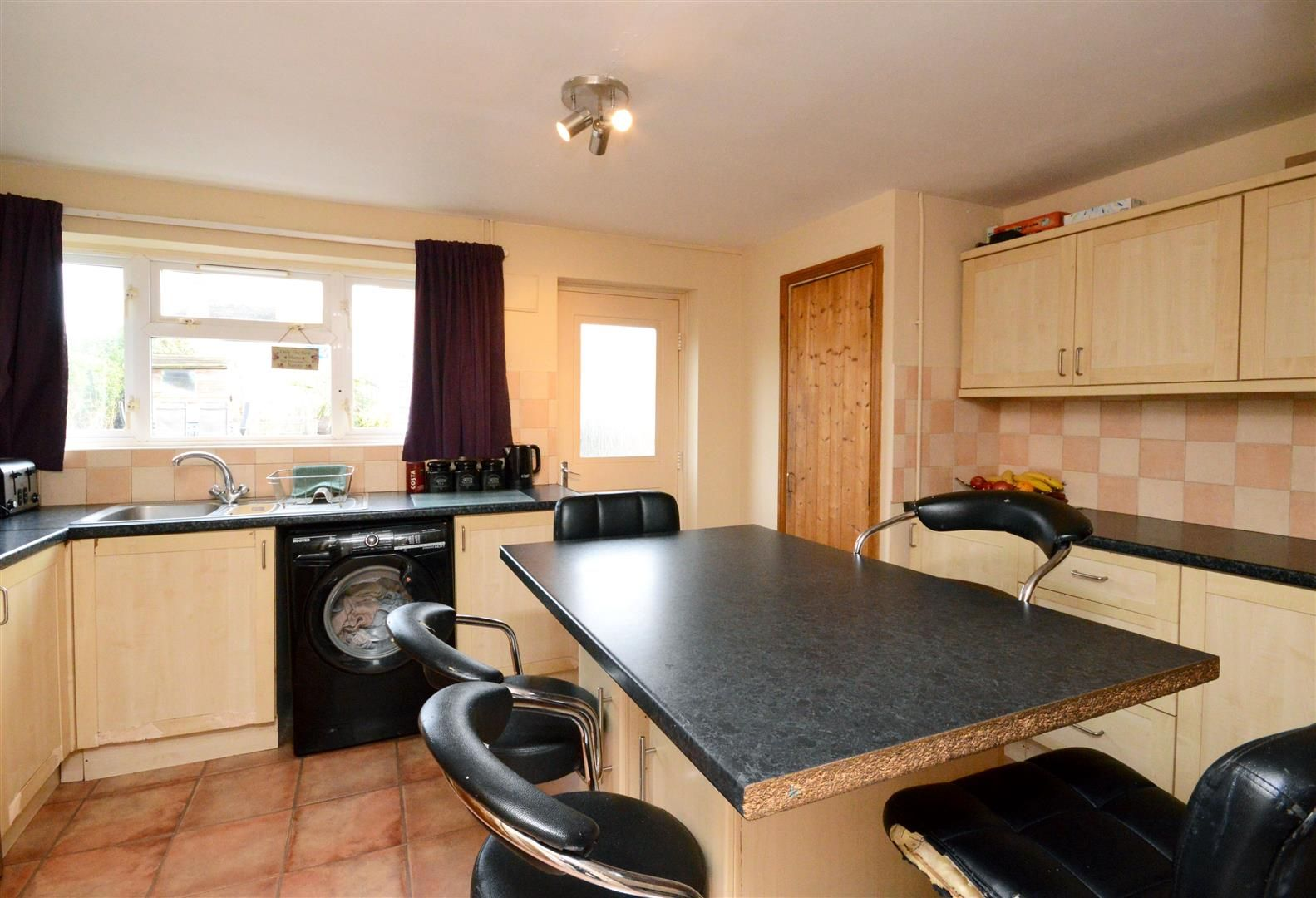 3 bed terraced for sale in Weobley 2