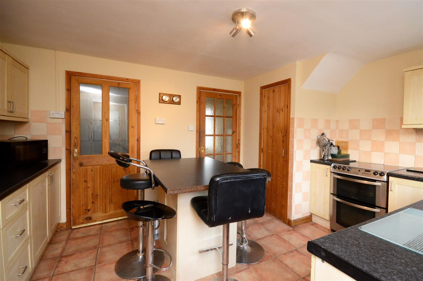 3 bed terraced for sale in Weobley 3