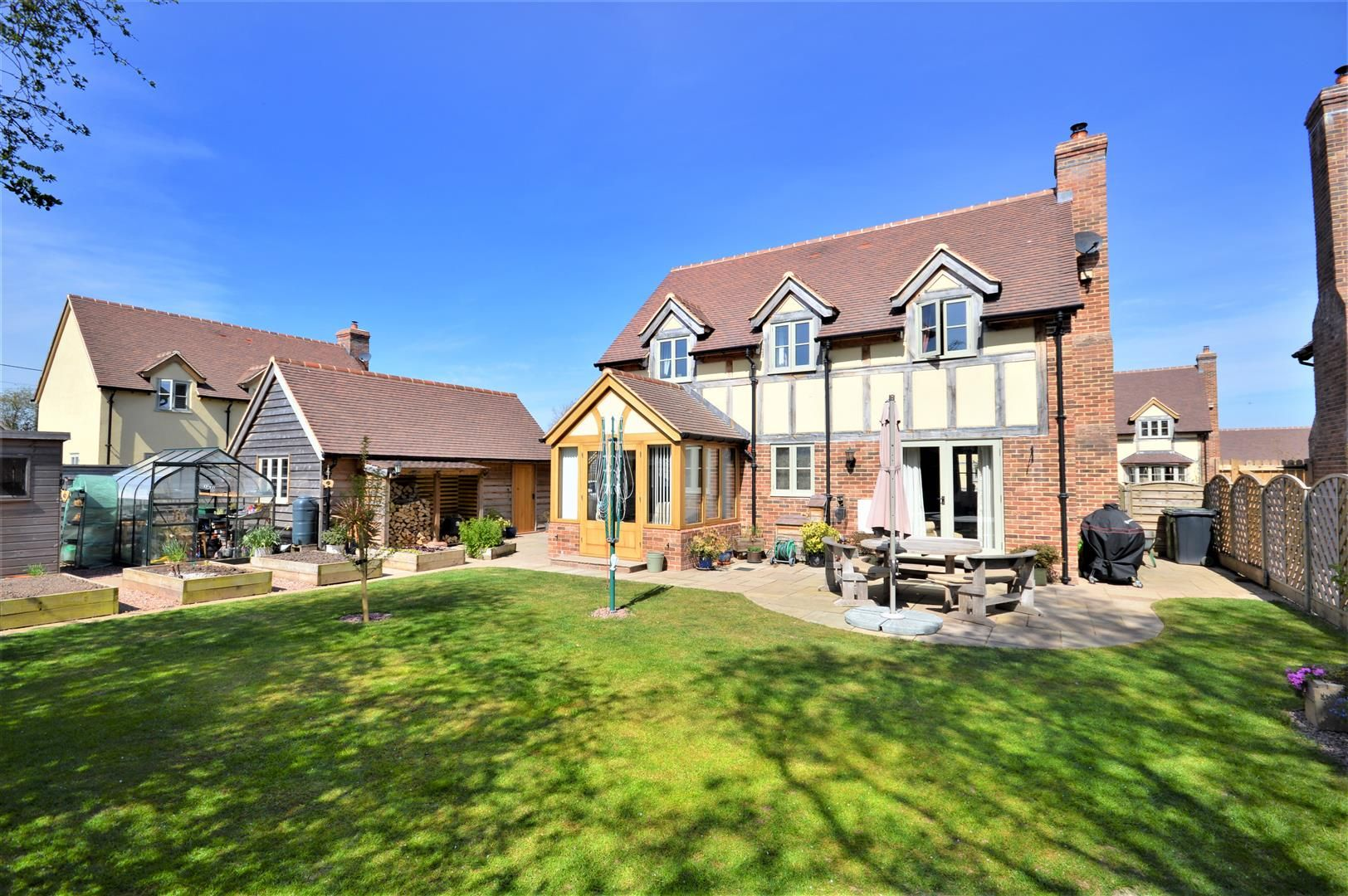 3 bed detached for sale in Winforton, HR3