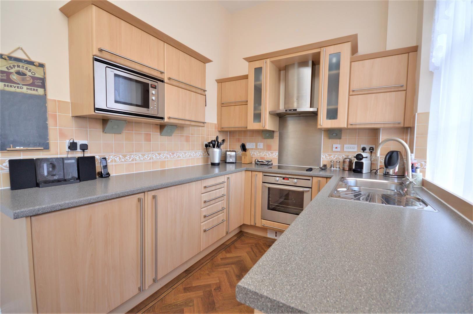 2 bed apartment for sale in Victoria Bridge 11
