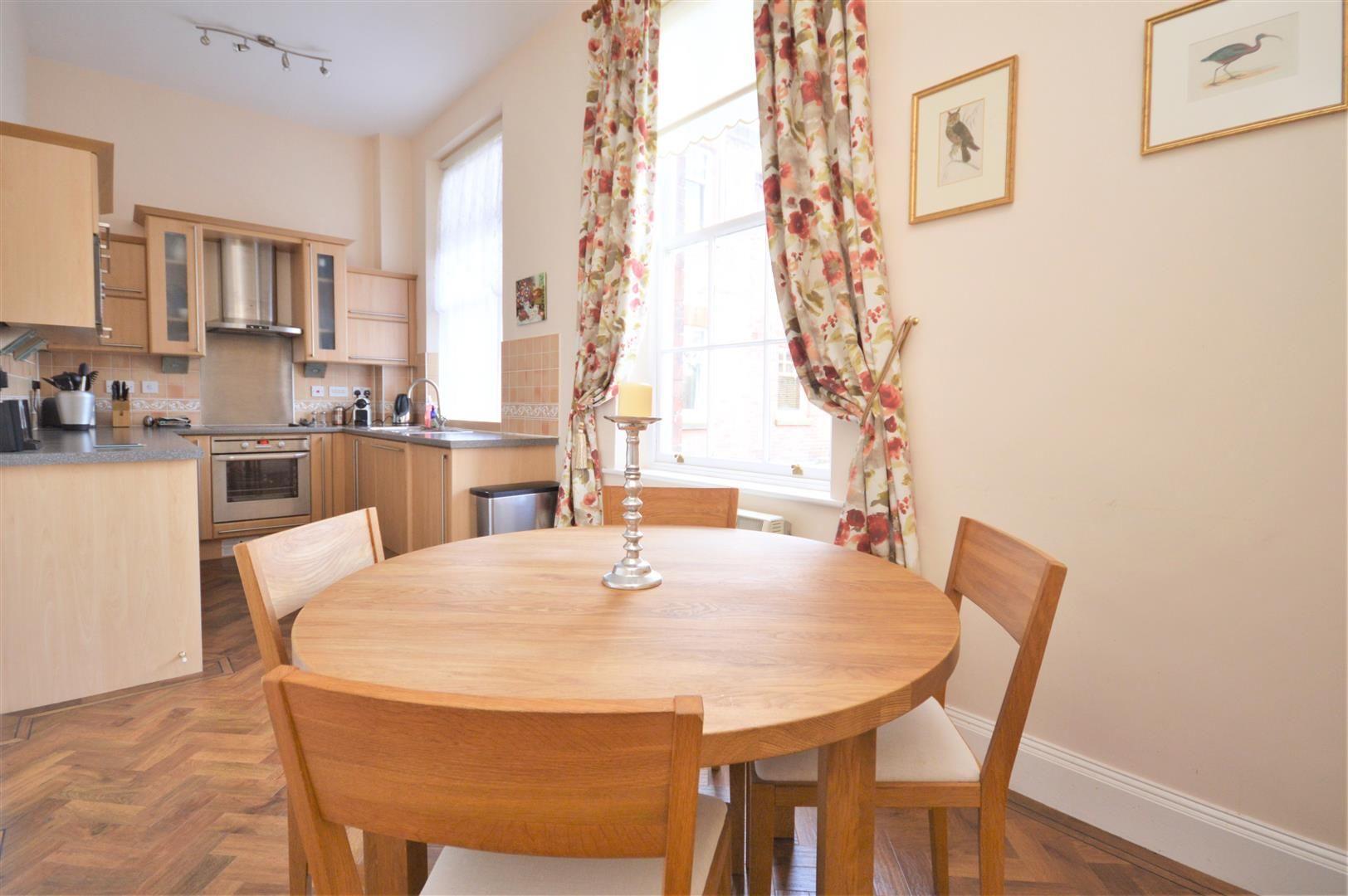 2 bed apartment for sale in Victoria Bridge 3