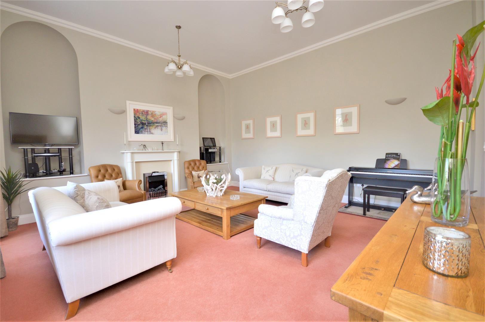 2 bed apartment for sale in Victoria Bridge 5