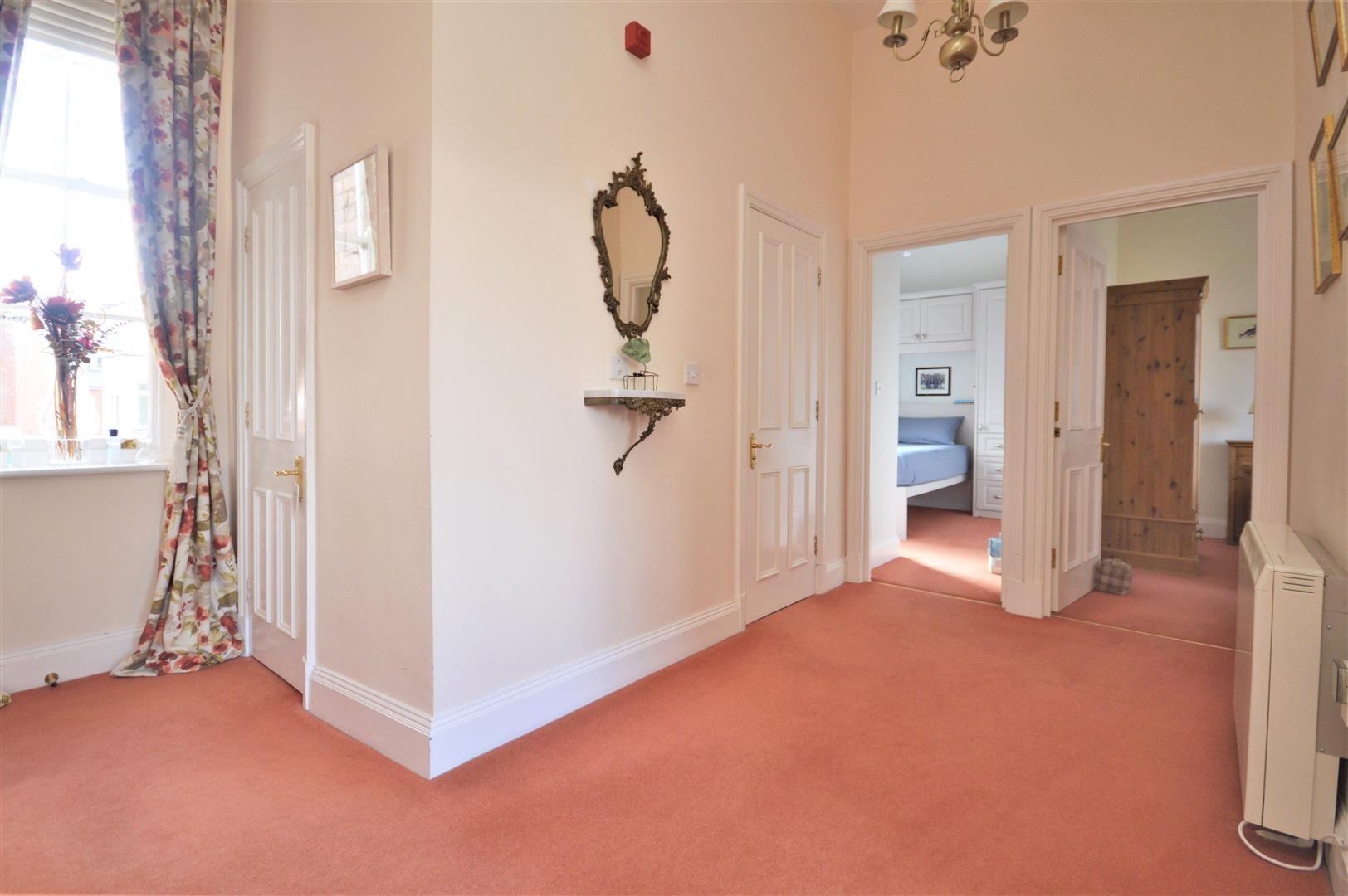 2 bed apartment for sale in Victoria Bridge 7