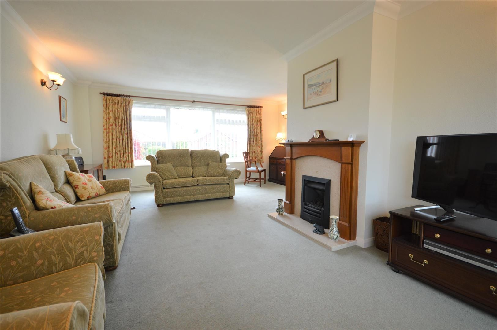 3 bed detached bungalow for sale in Bodenham 3