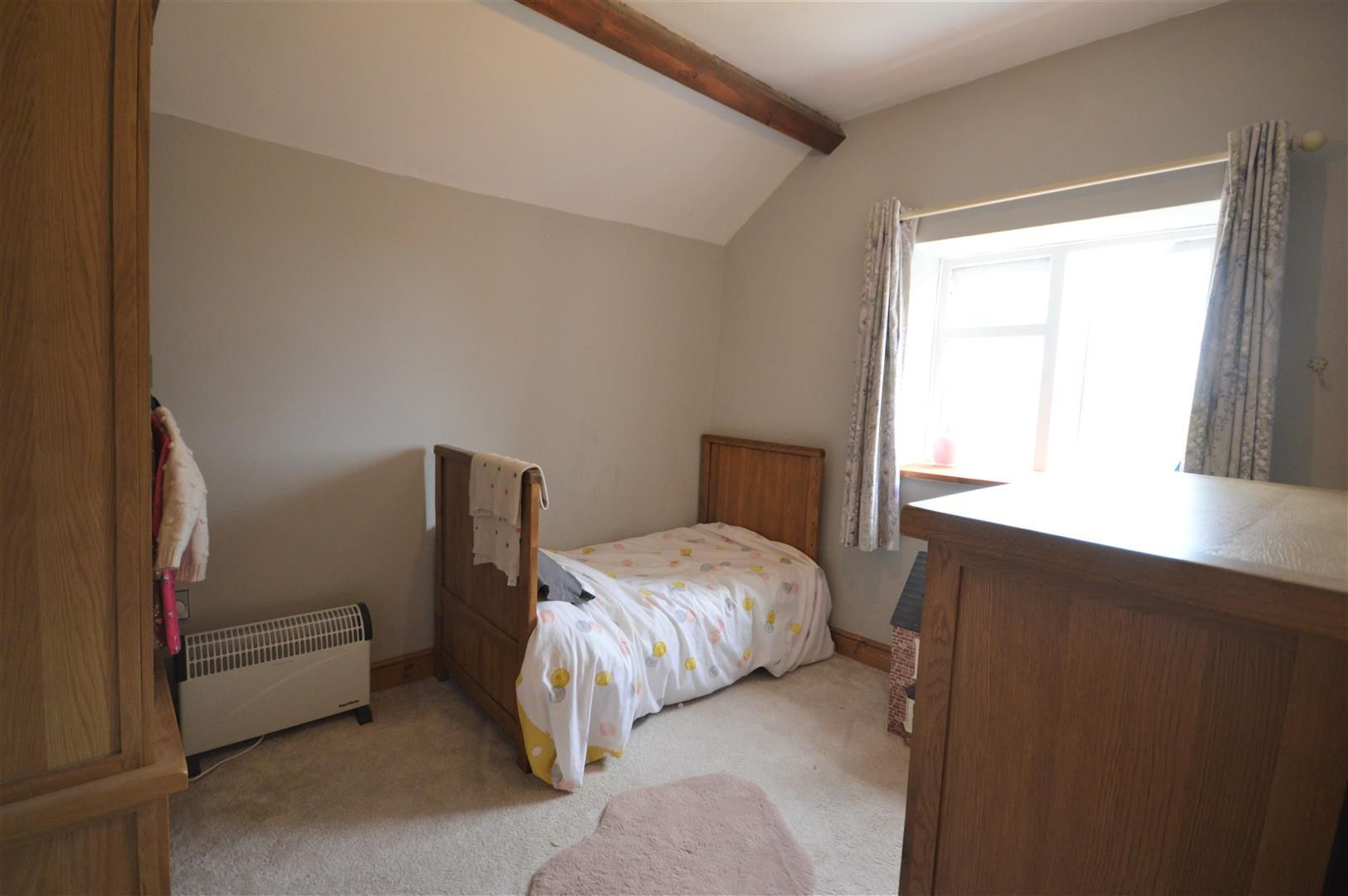 2 bed detached for sale in Kington 7