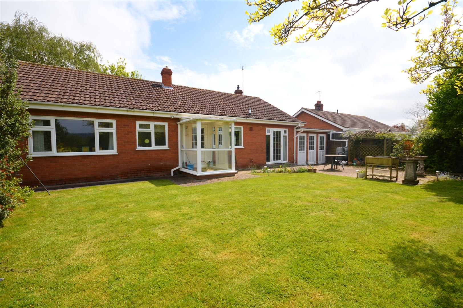 3 bed detached bungalow for sale in Burghill, HR4