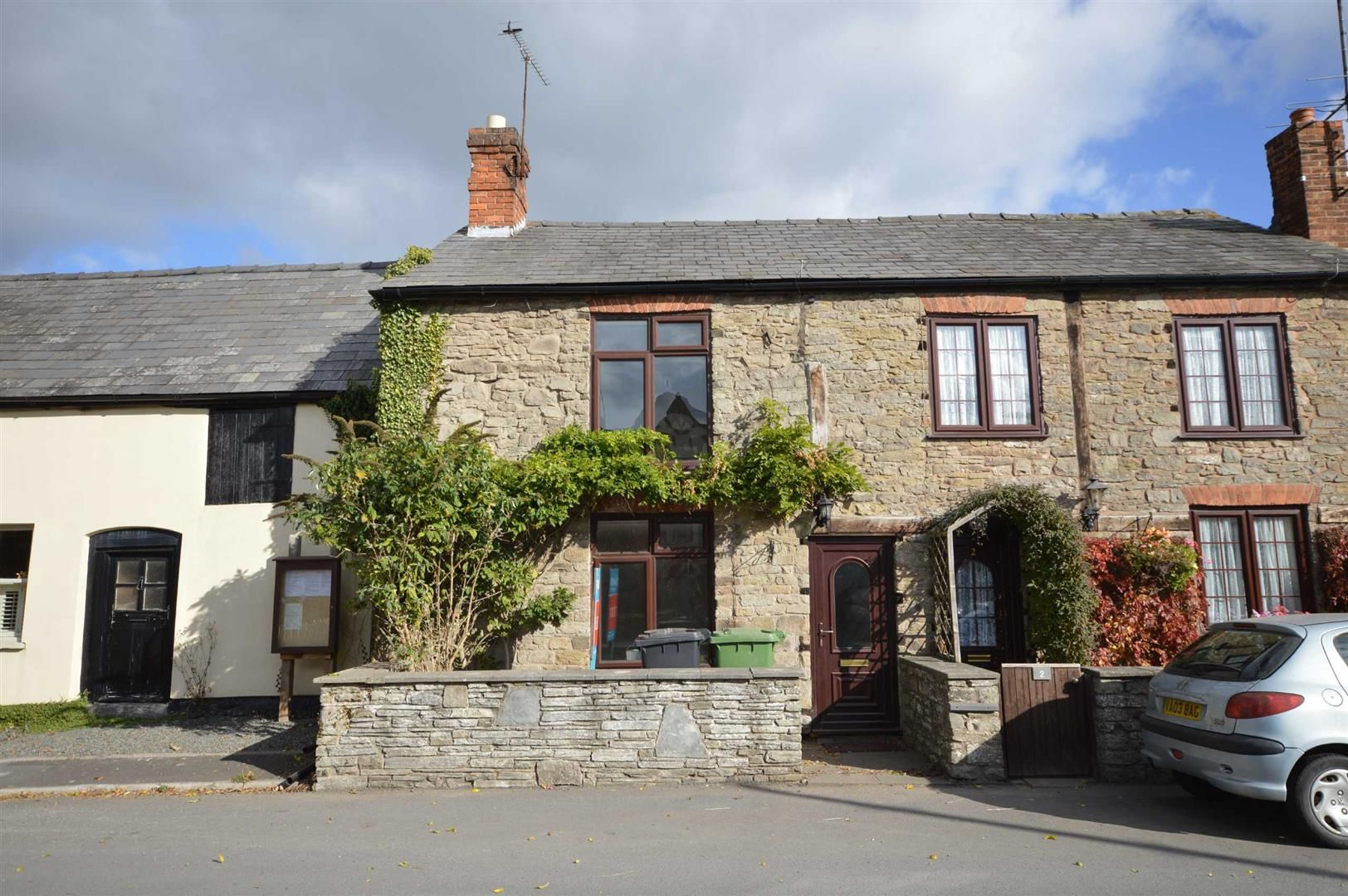 2 bed terraced for sale in Lyonshall  - Property Image 1